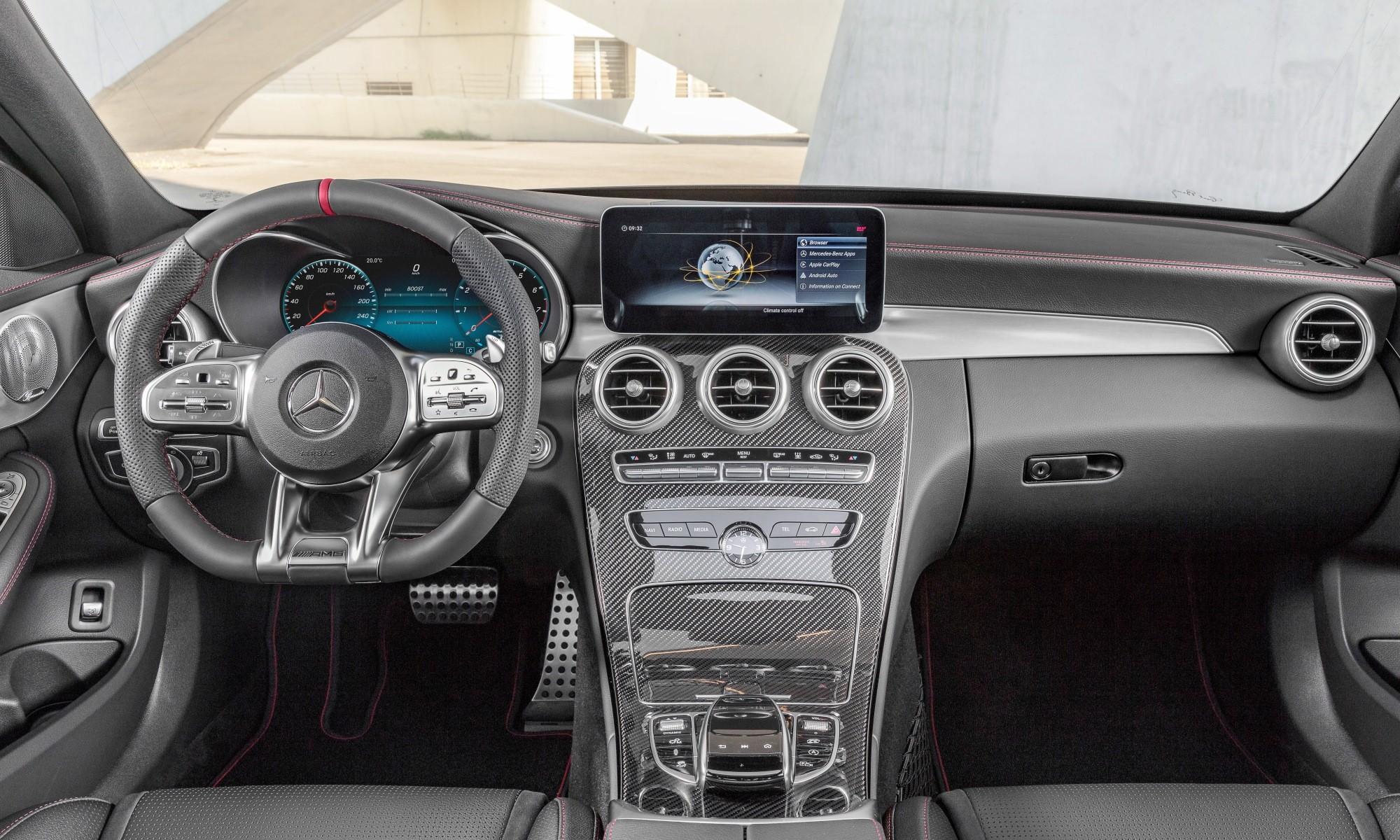 Mercedes-AMG C43 interior