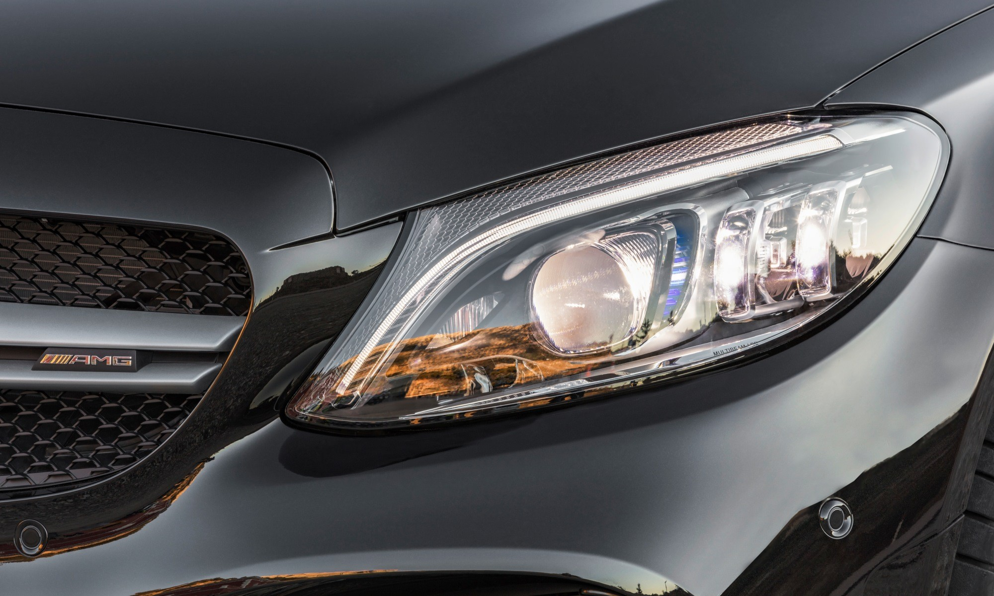 Mercedes-AMG C43 headlamp