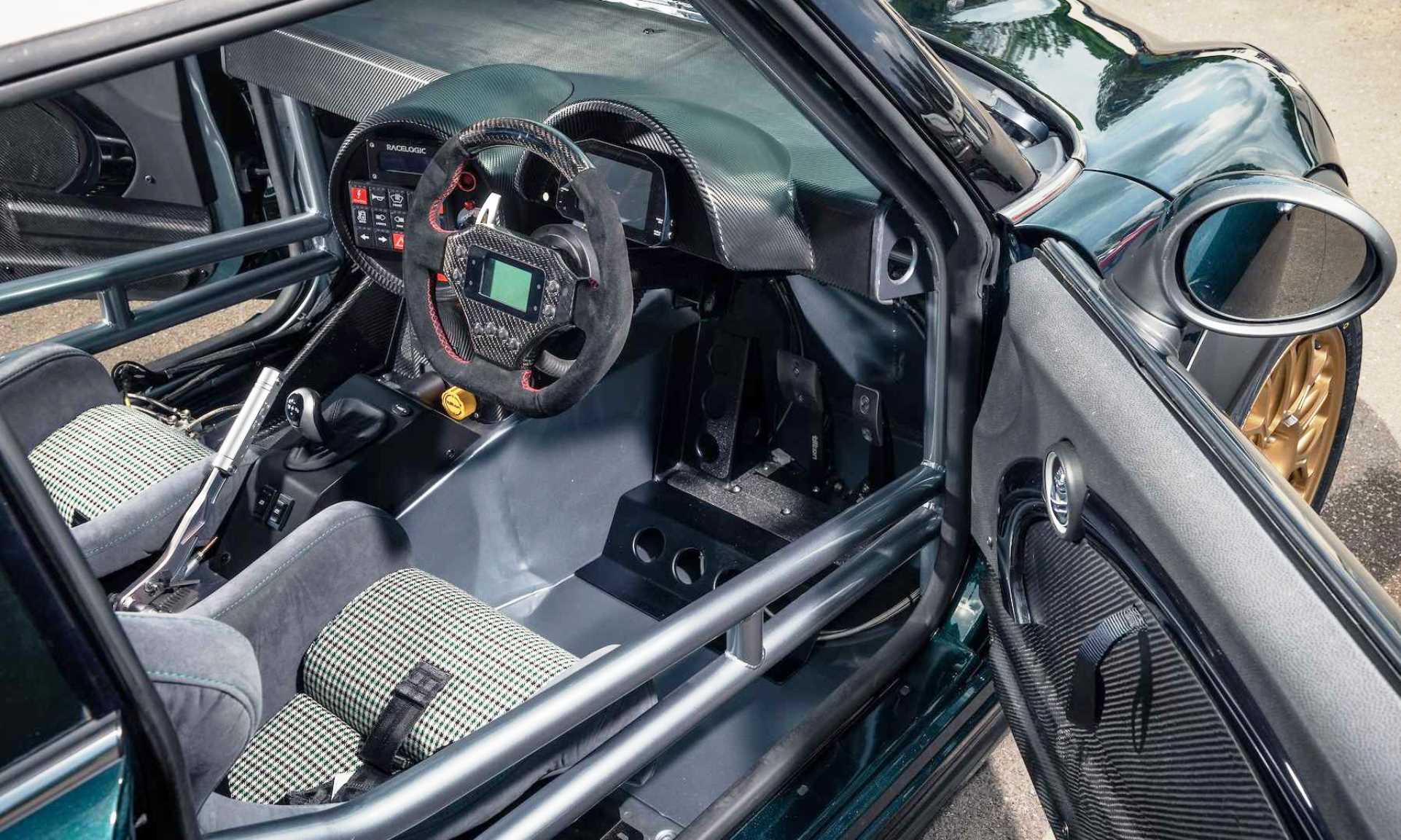 BMW V8-Engined Mini interior