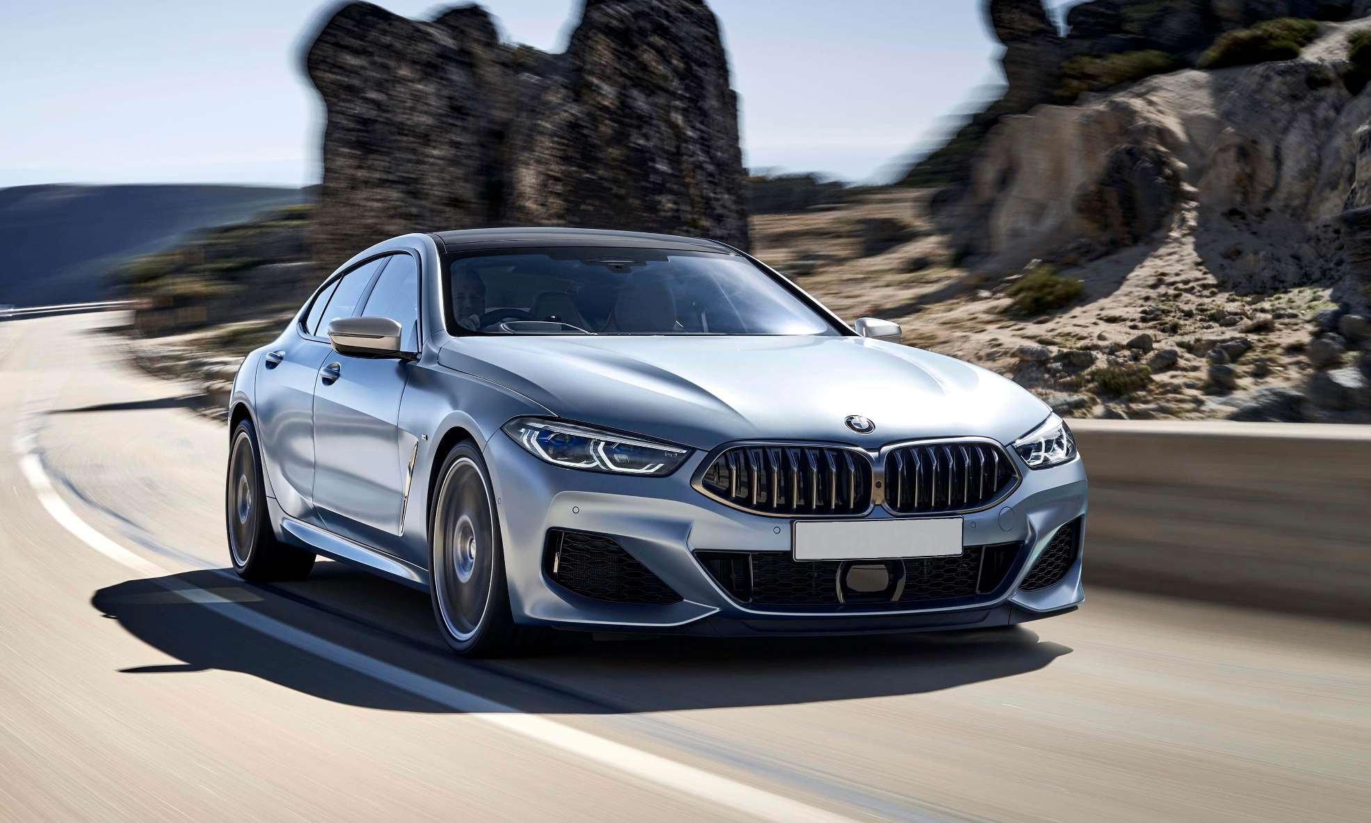BMW M850i xDrive Gran Coupe front tracking