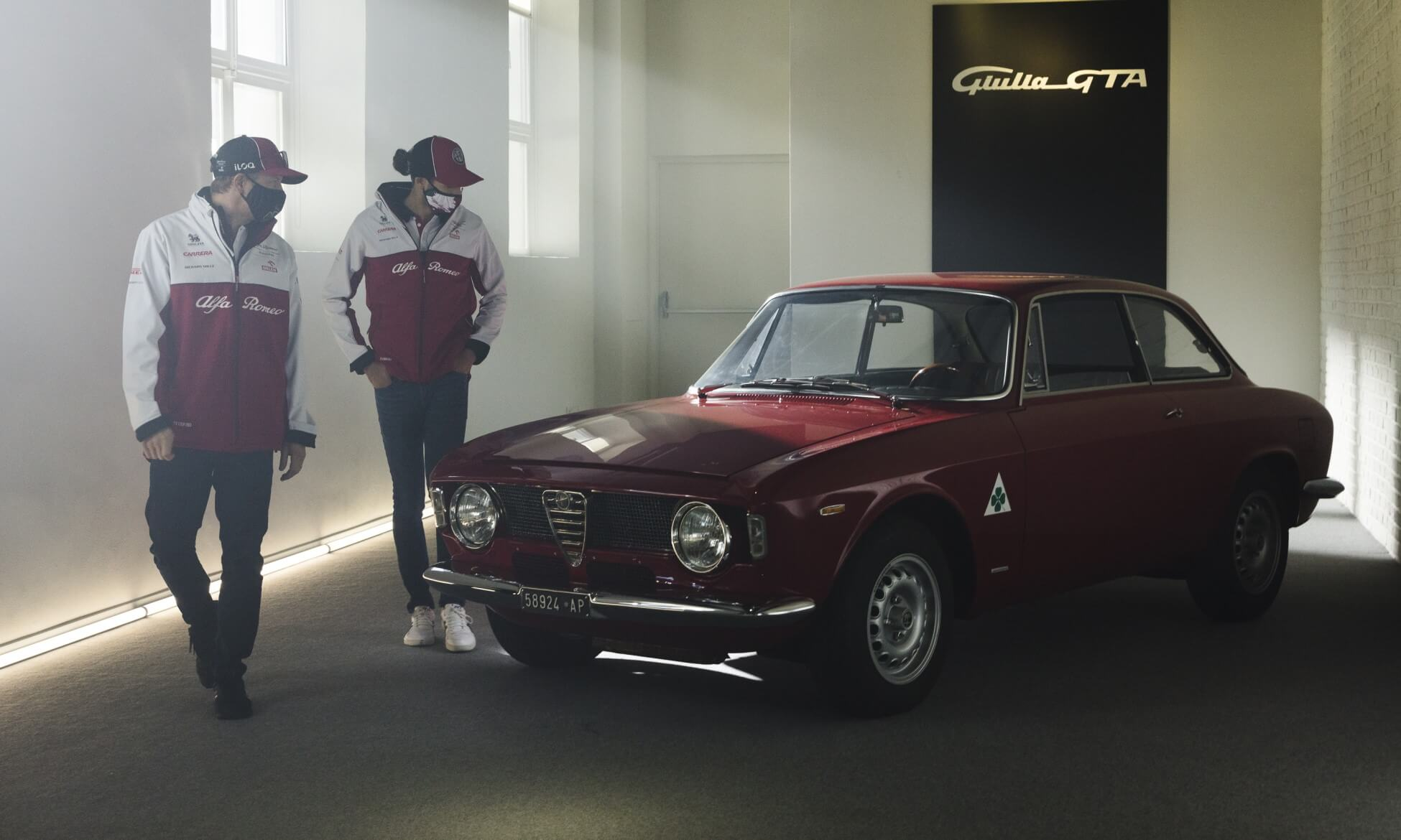 Alfa Romeo Giulia GTA Testing with F1 drivers
