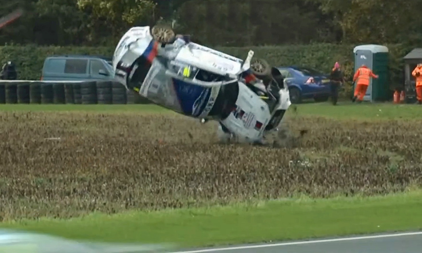 Touring car crashes