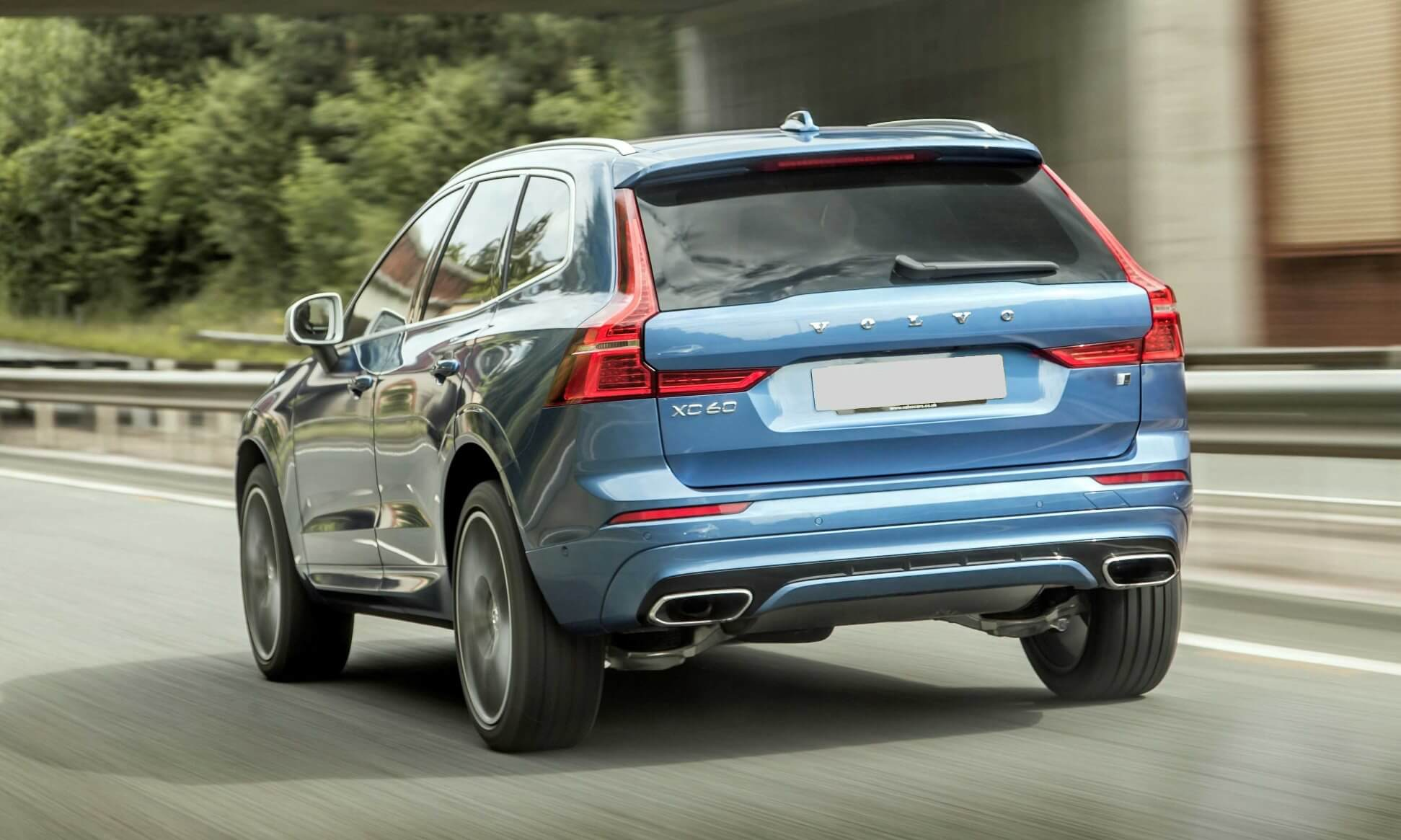 Volvo XC60 T6 R-Design rear