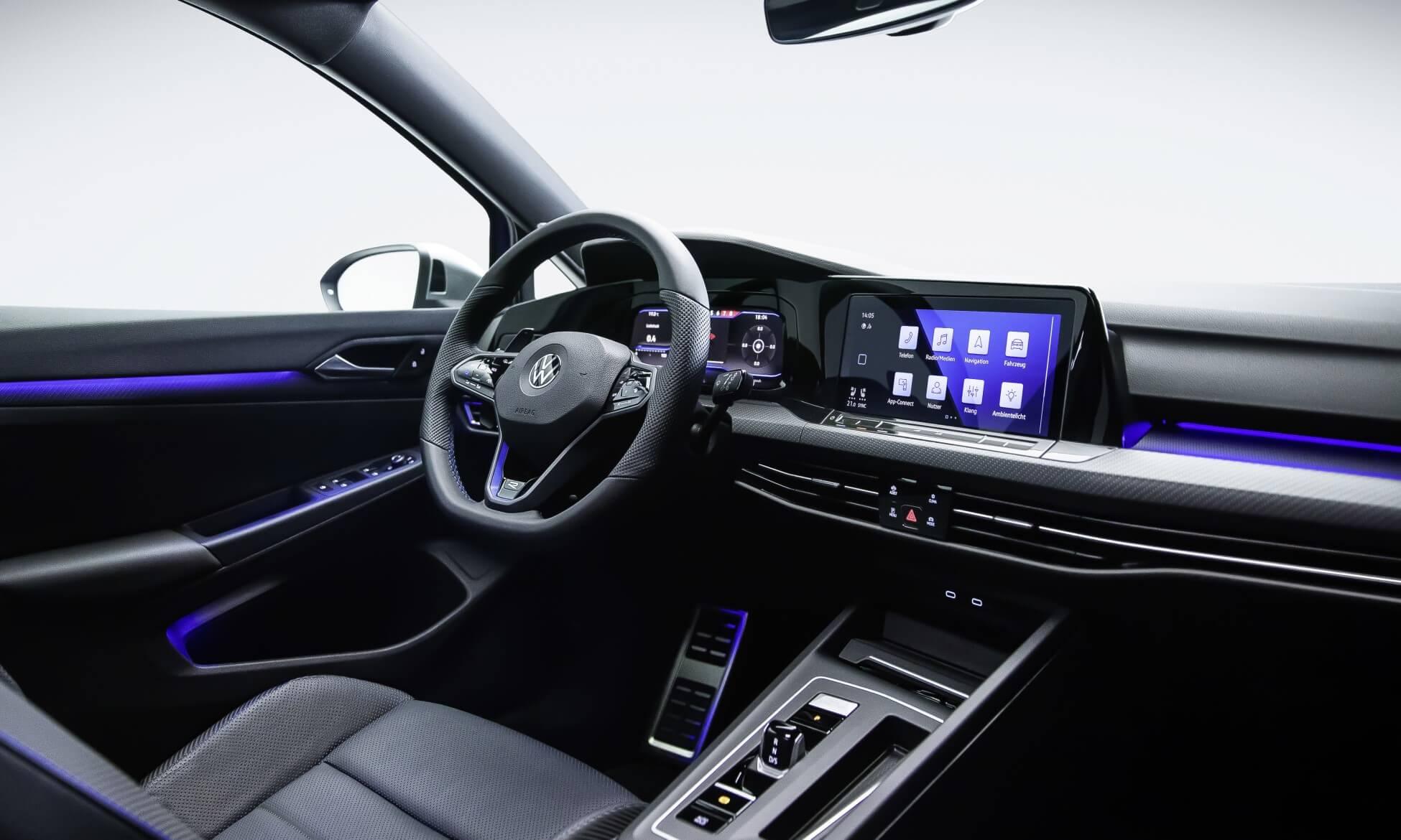 Mk8 VW Golf R facia