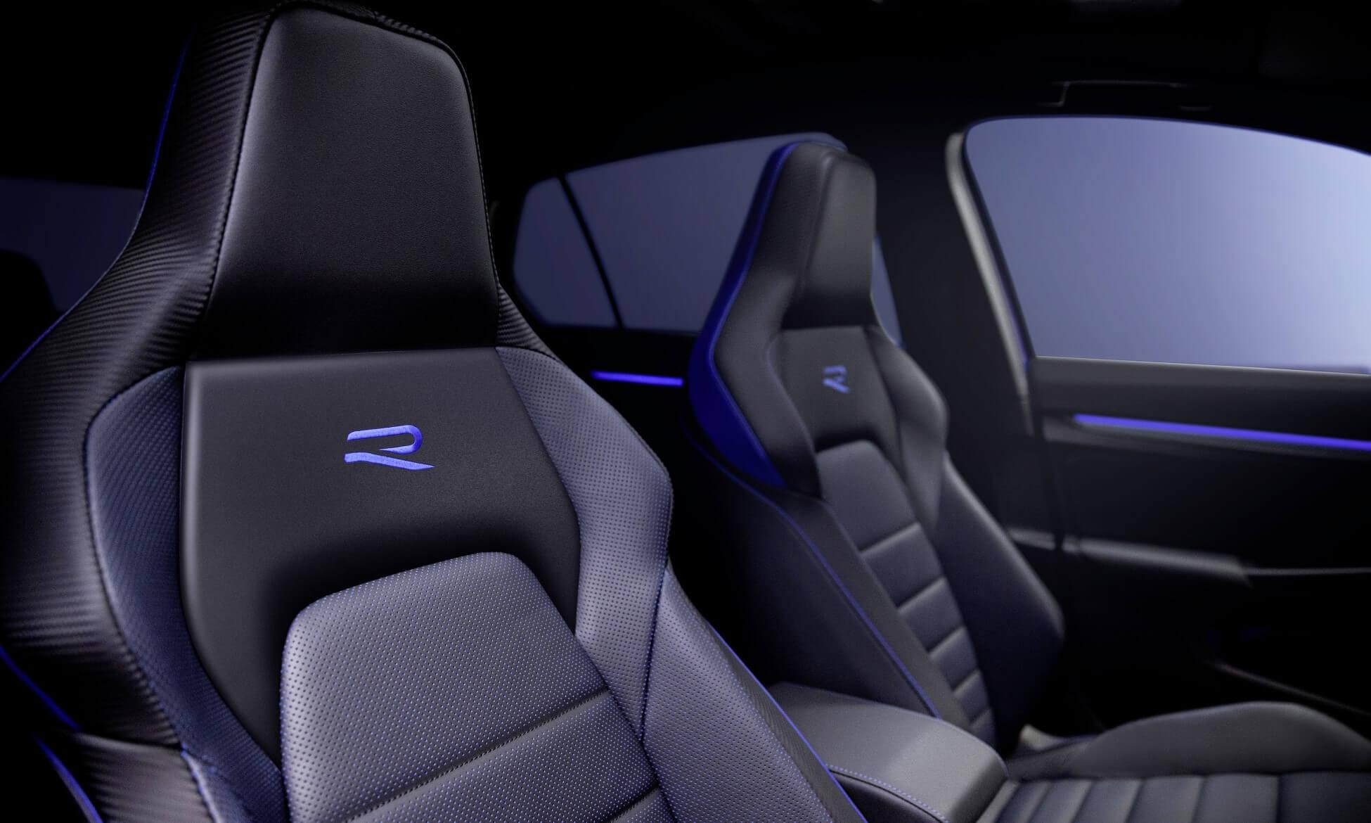 Mk8 VW Golf R seats