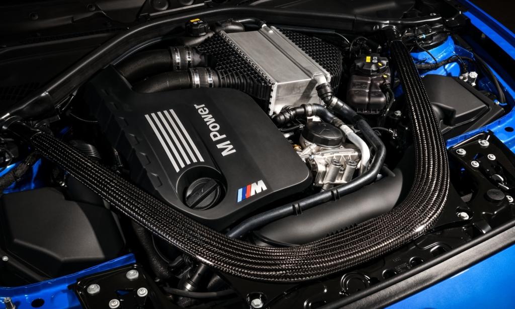 BMW M2 CS Driven engine