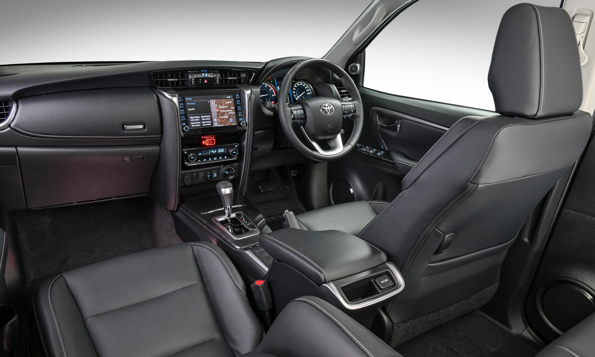 Toyota Fortuner Receives An Update interior