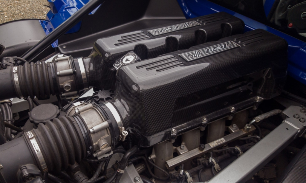 The engine wears new carbon-fibre cam covers