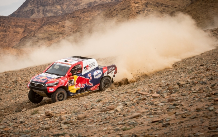 Nasser Al-Attiyah pushed hard on 2021 Dakar Stage 11