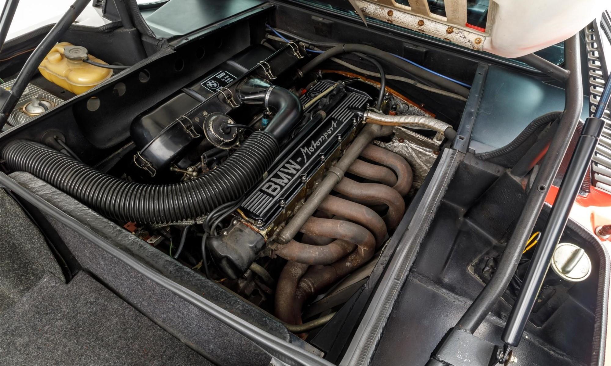 Paul Walker BMW M1 motor
