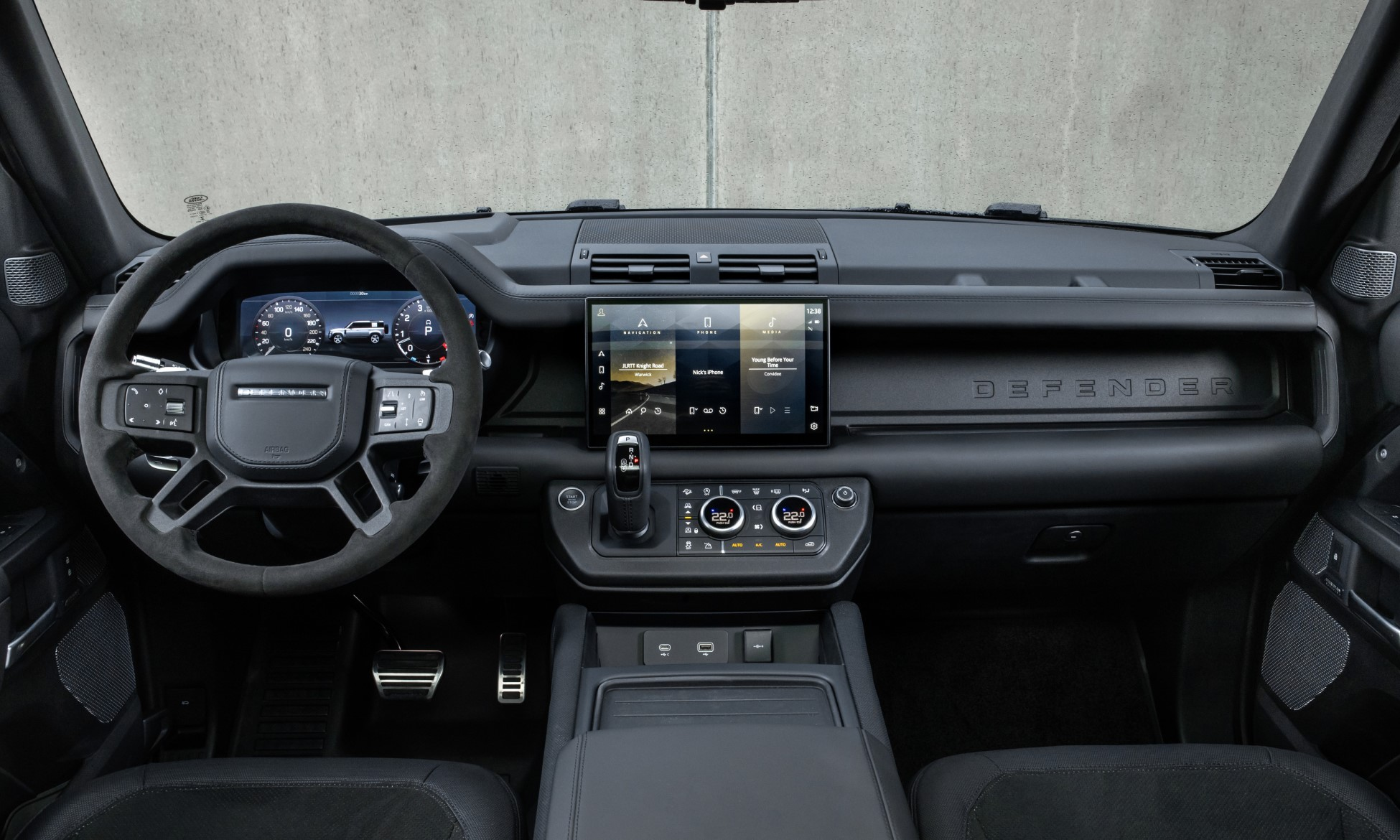 Land Rover Defender V8 Interior
