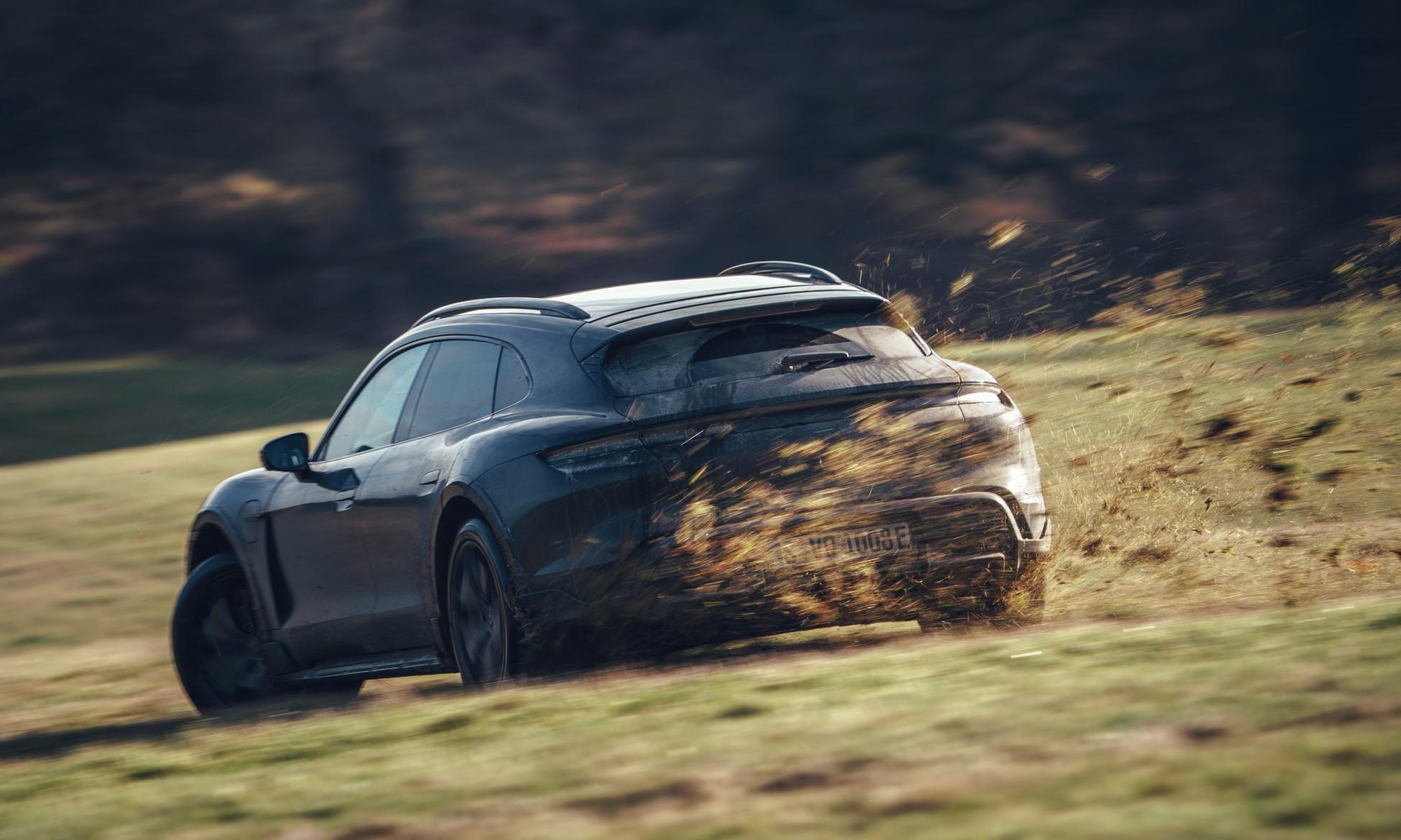 Porsche Taycan Cross Turismo Testing