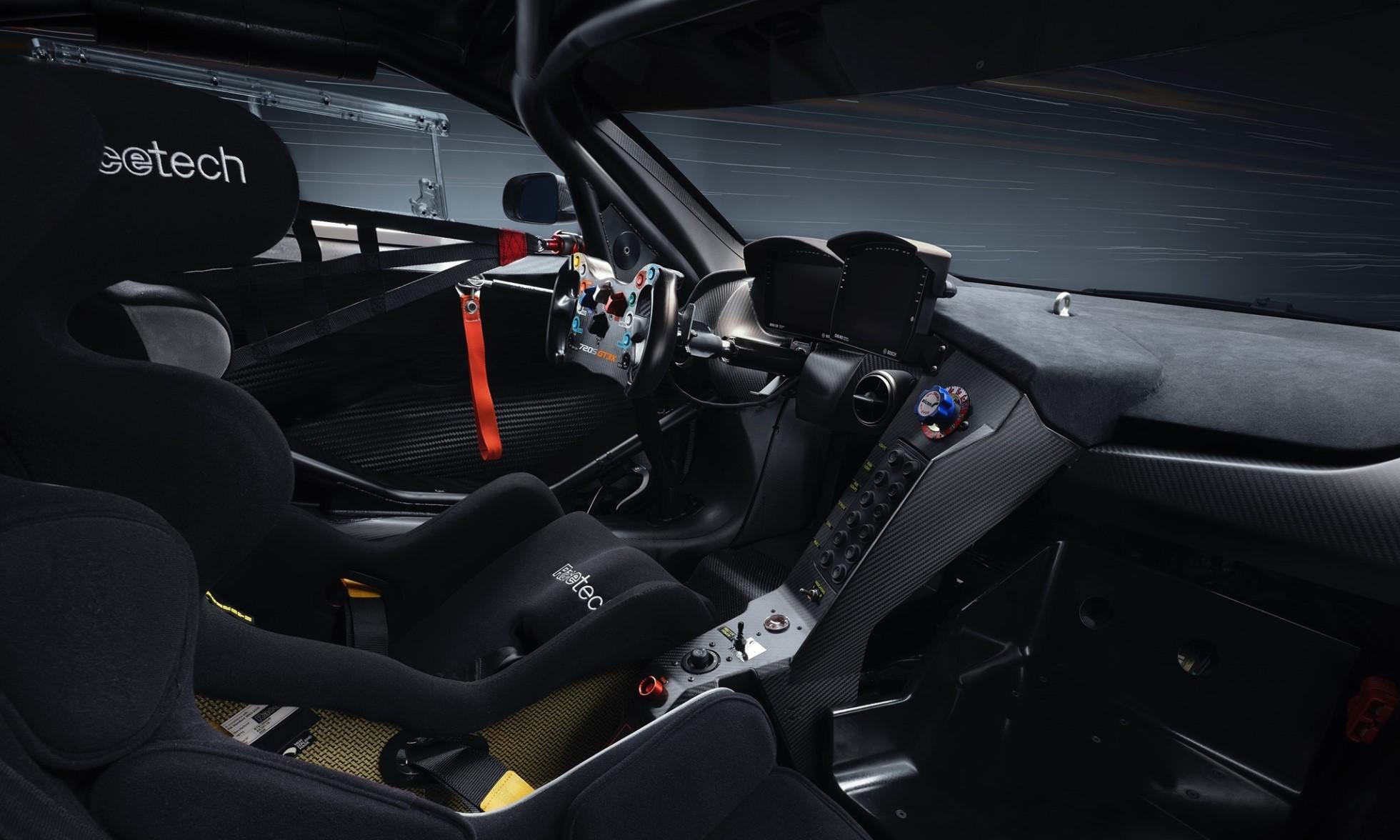 McLaren 720S GT3X interior