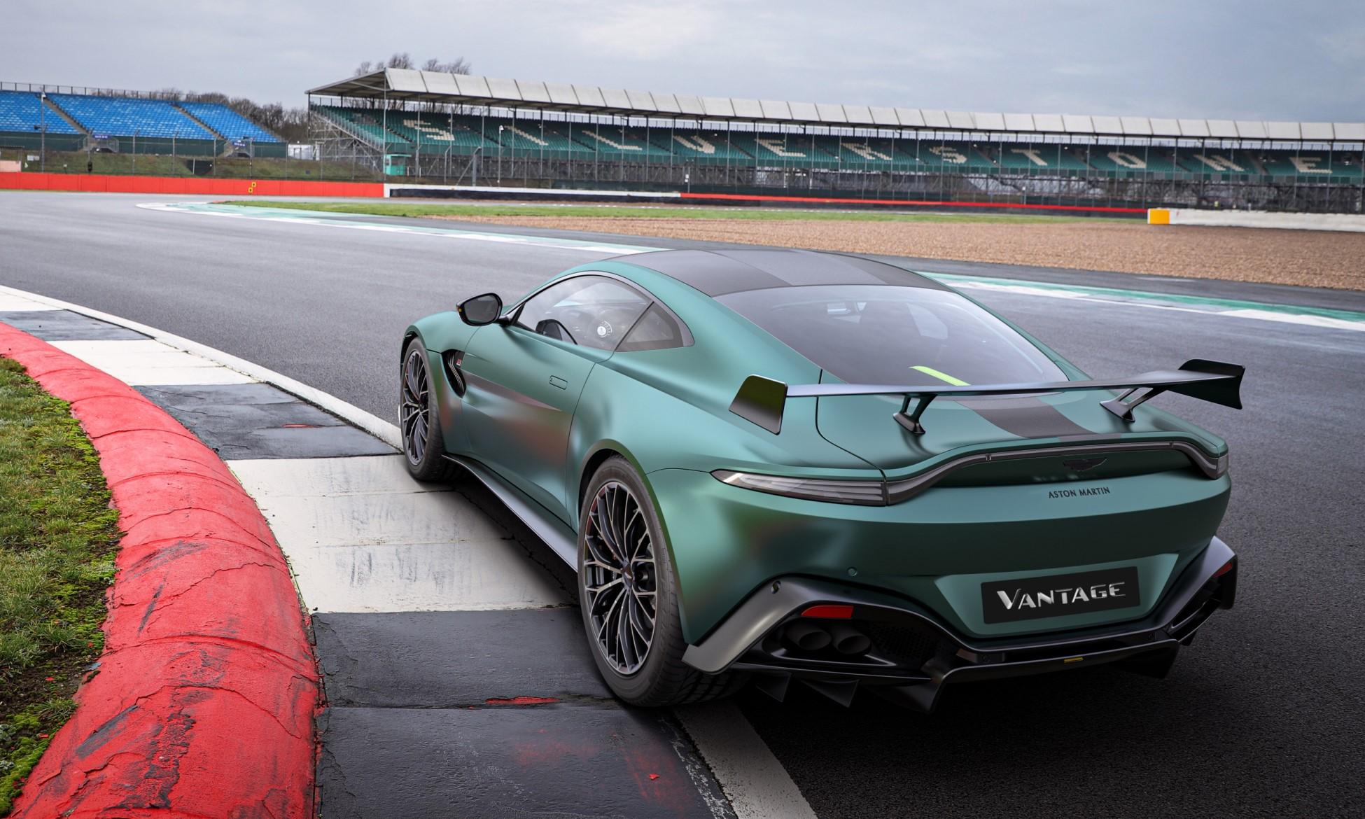Vantage F1 Edition rear