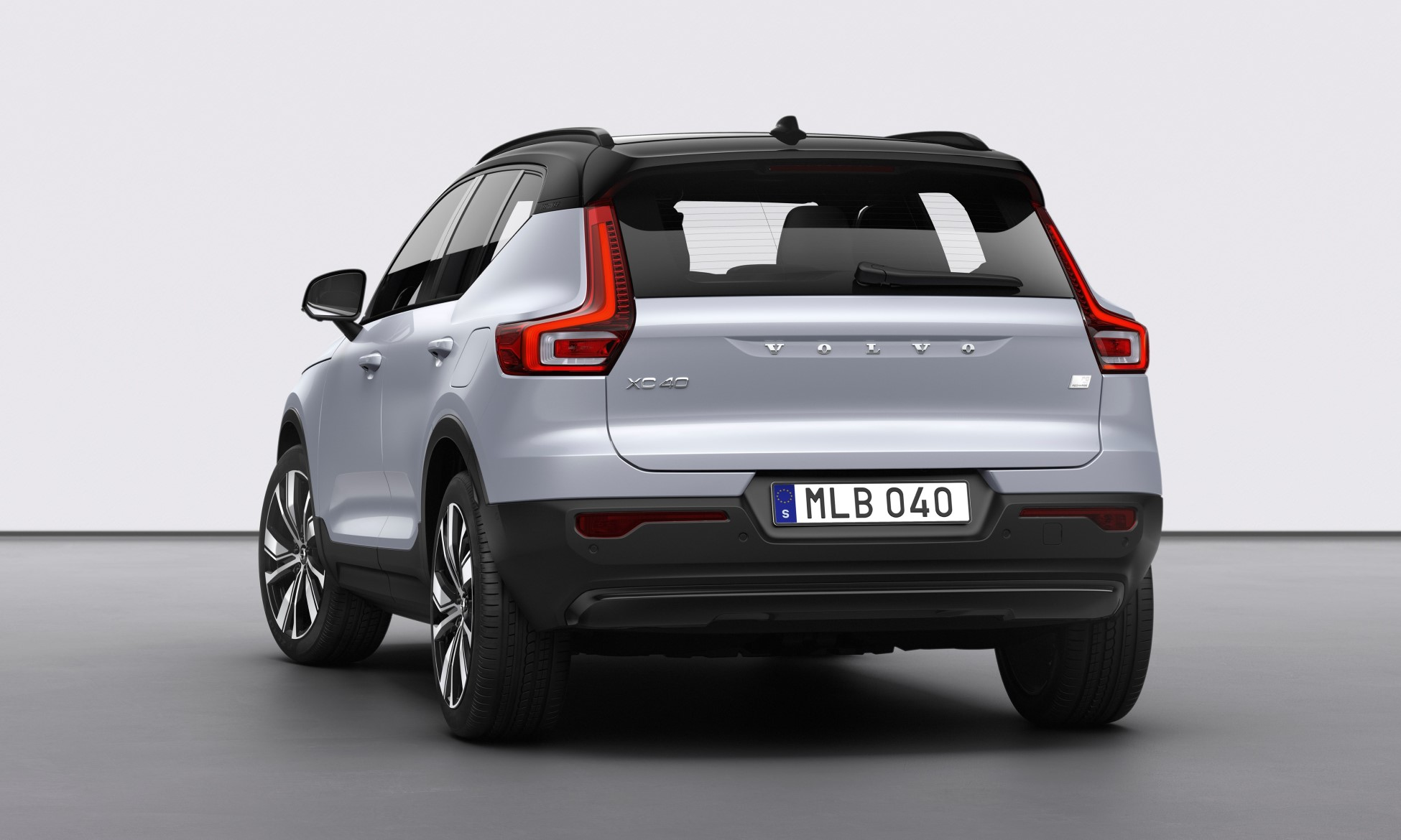 Volvo XC40 Recharge rear