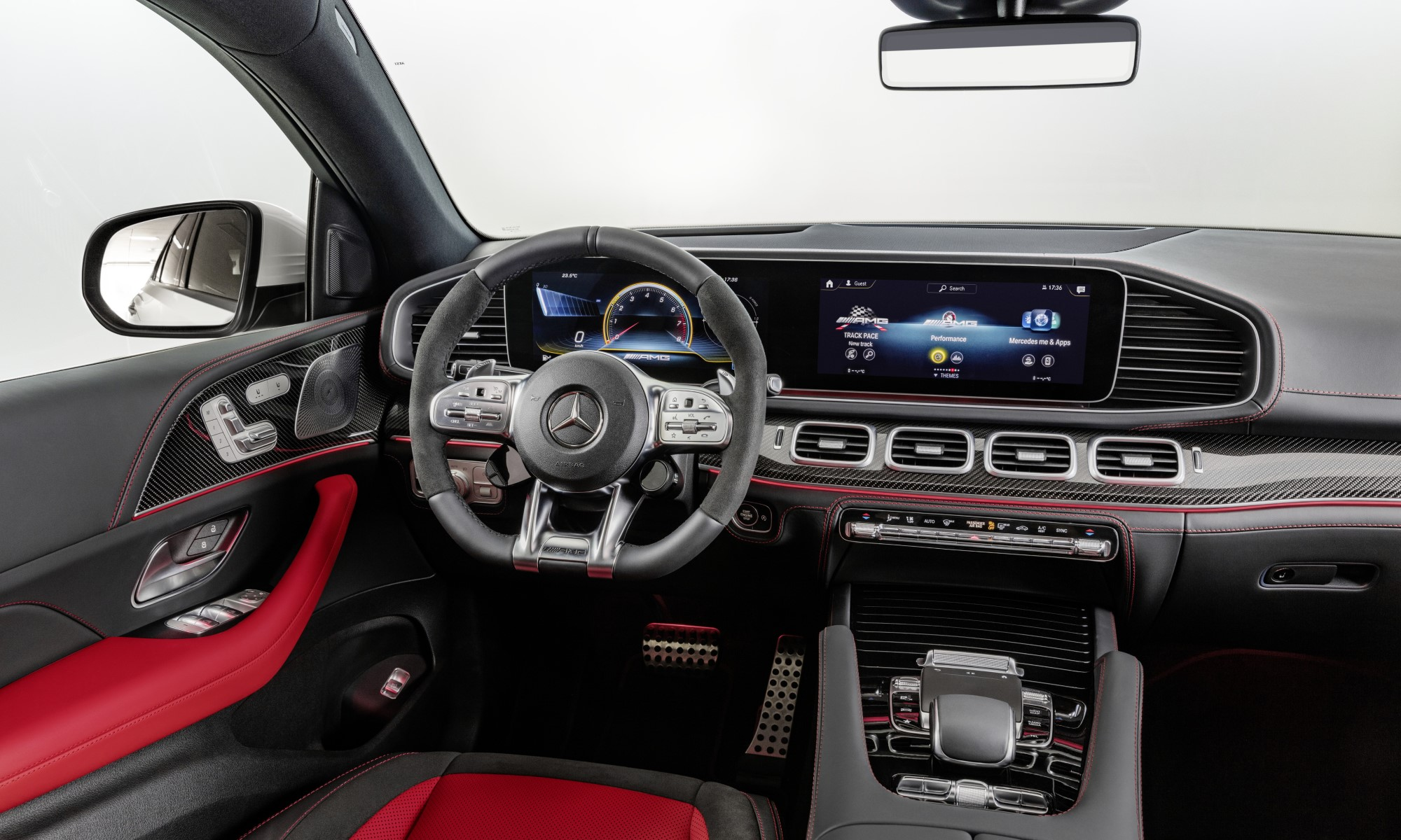 Mercedes-AMG GLE53 interior