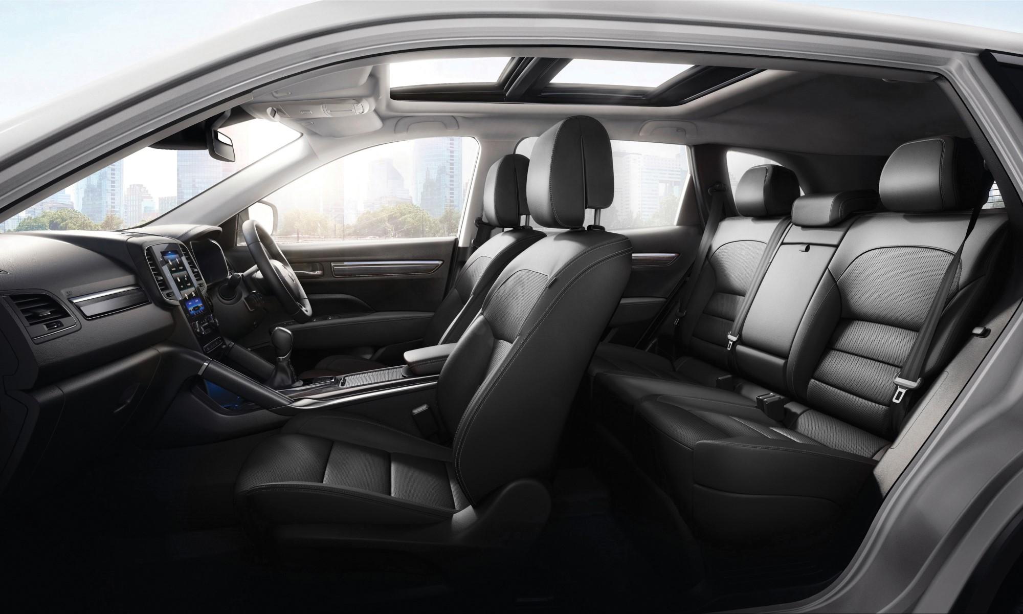 Renault Koleos Dynamique CVT cabin