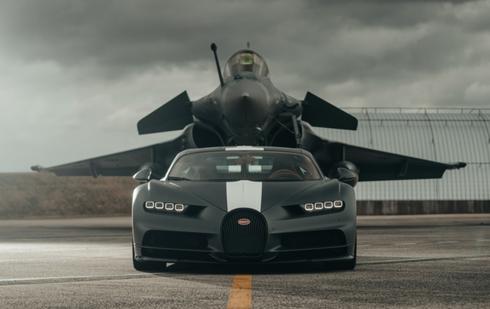 Bugatti Chiron Races Fighter Jet front
