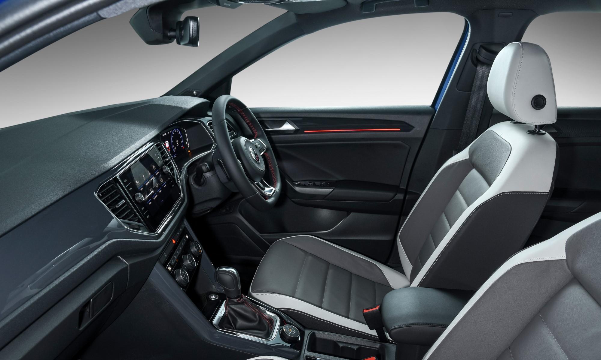 Volkswagen T-Roc 2,0 4Motion R-Line cabin
