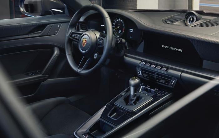 Porsche 911 GT3 Touring interior