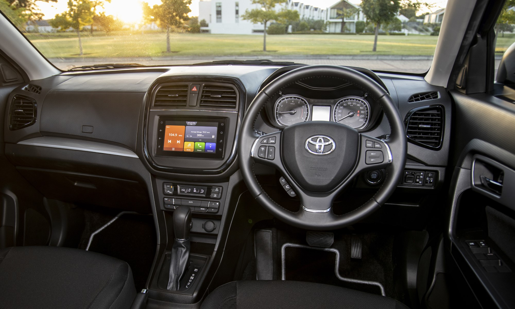 Toyota Urban Cruiser 1,5 Xr Auto interior