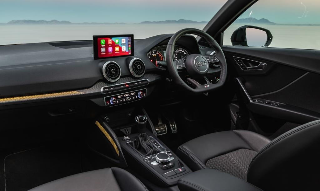 Audi Q2 35 TFSI S-Line interior