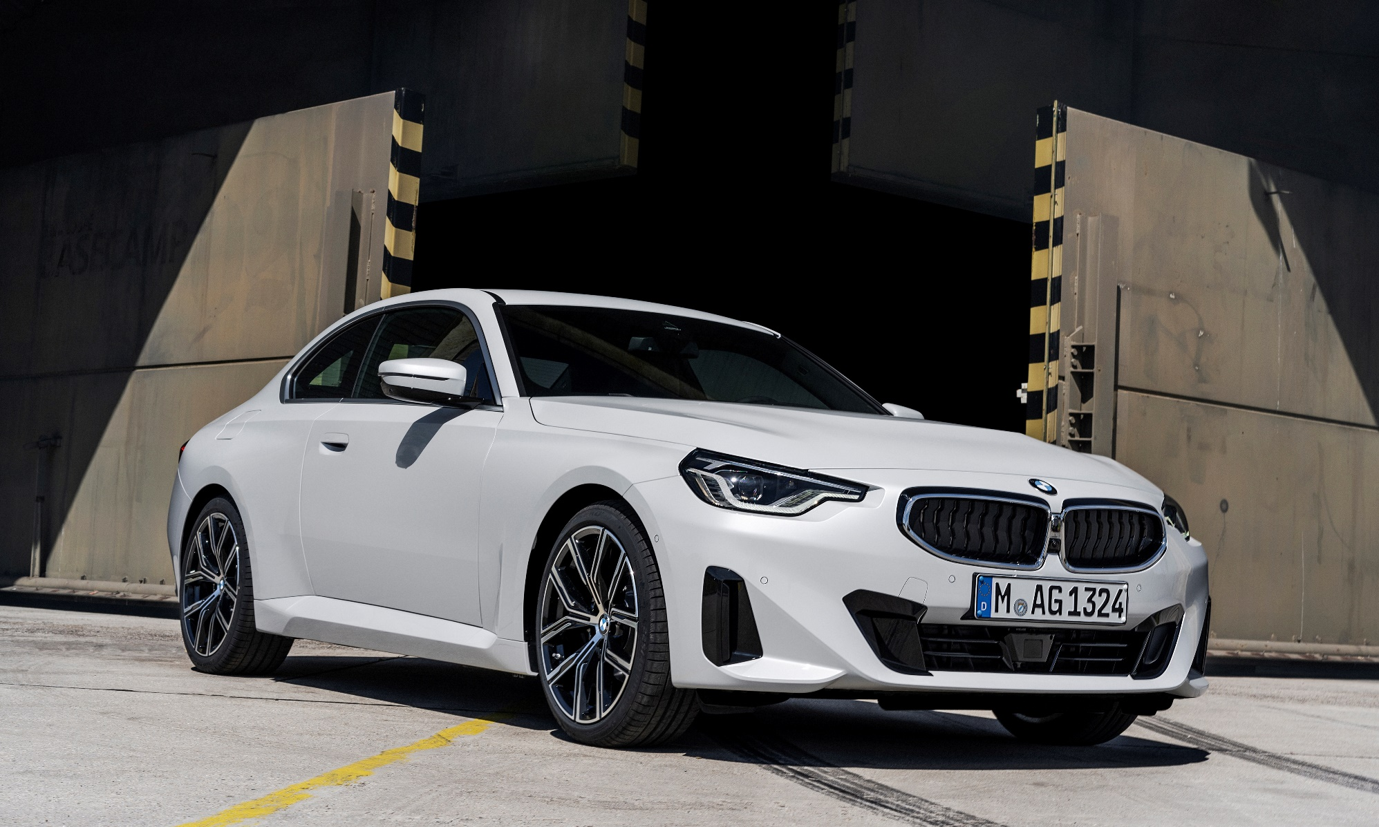 BMW 2 Series Coupe front
