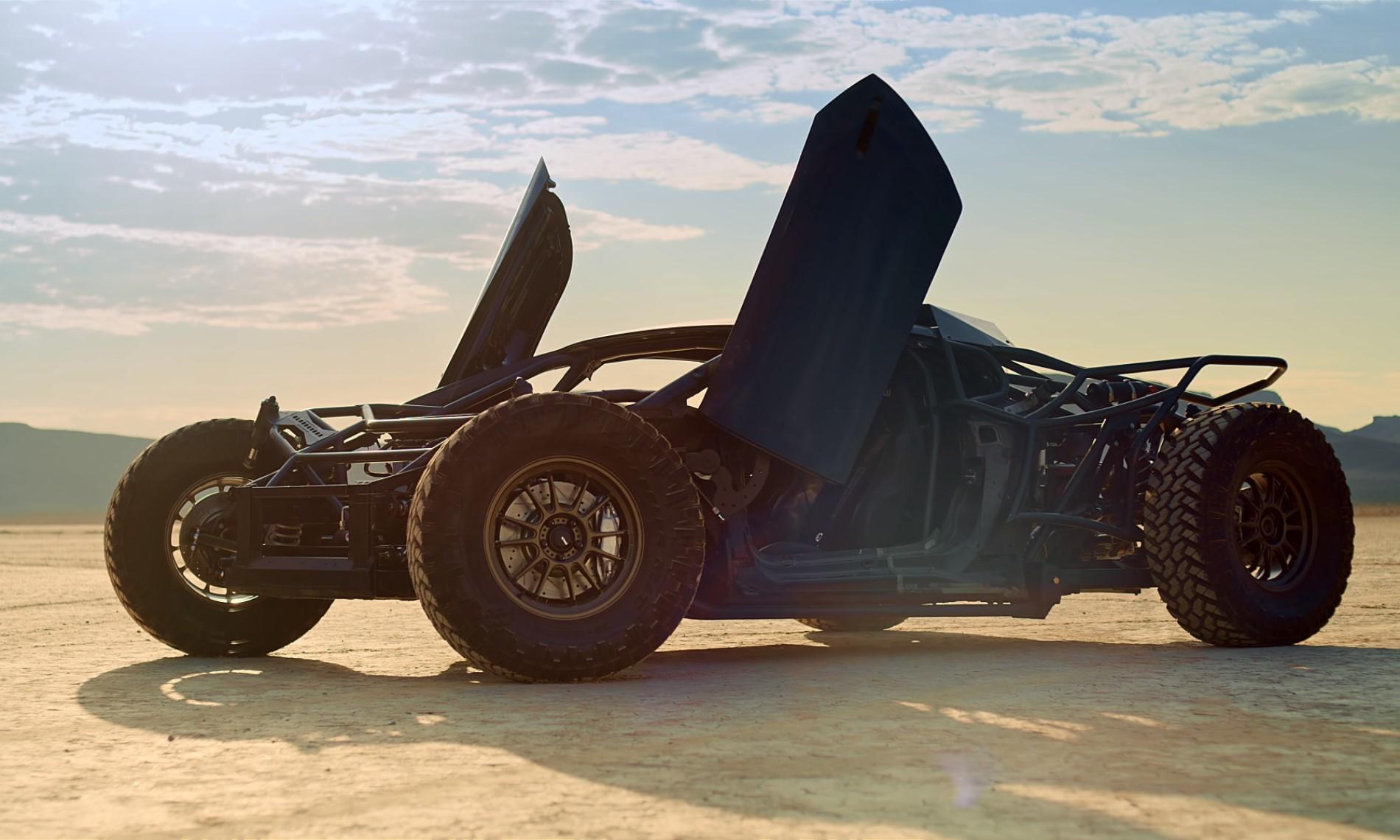 Lamborghini Jumpacan side