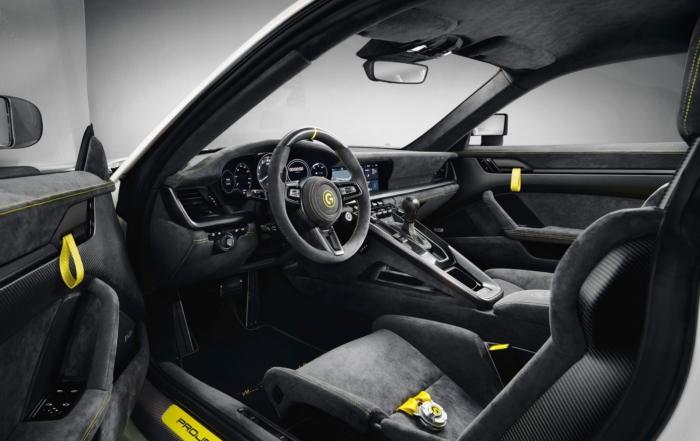 Marsien 911 Turbo S interor