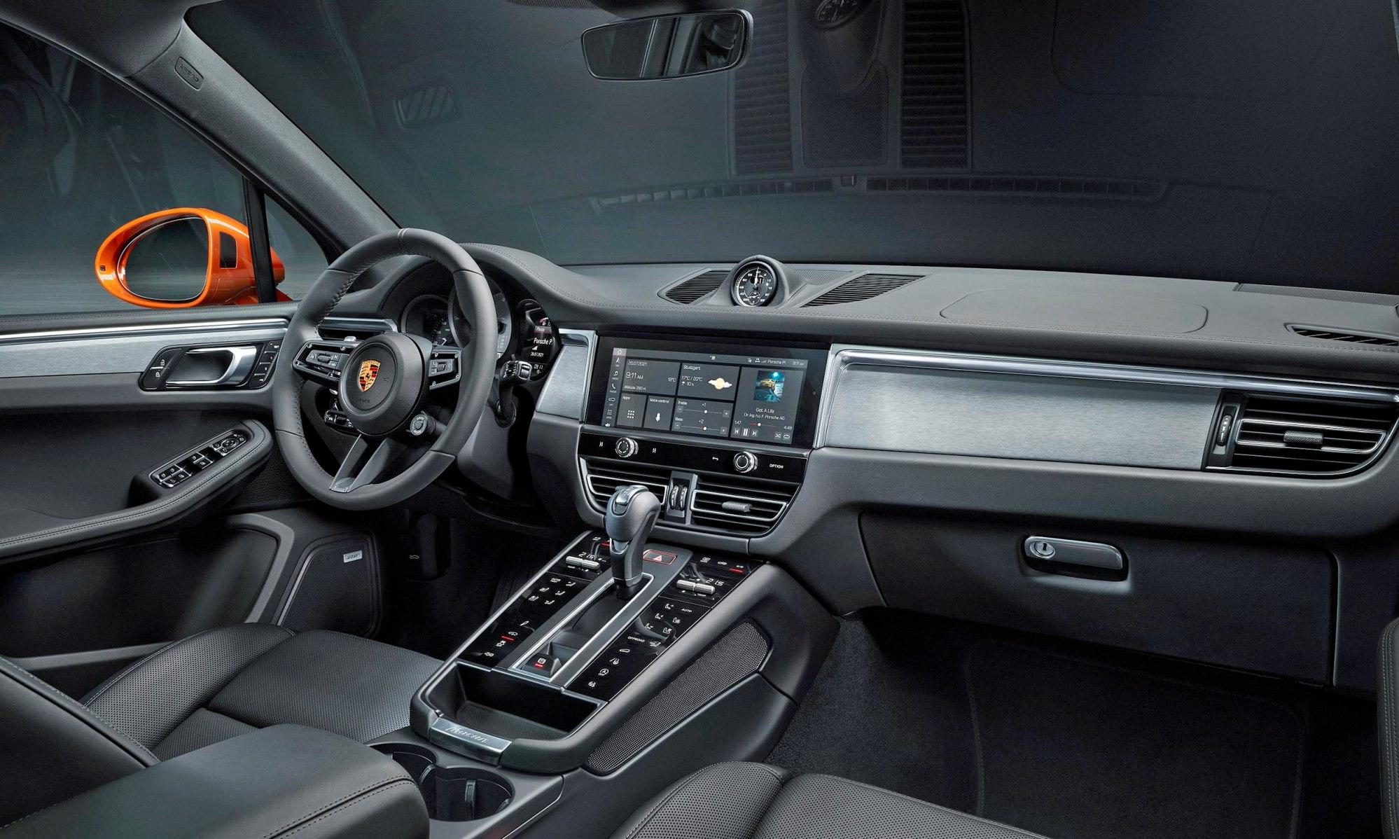 Updated Porsche Macan interior