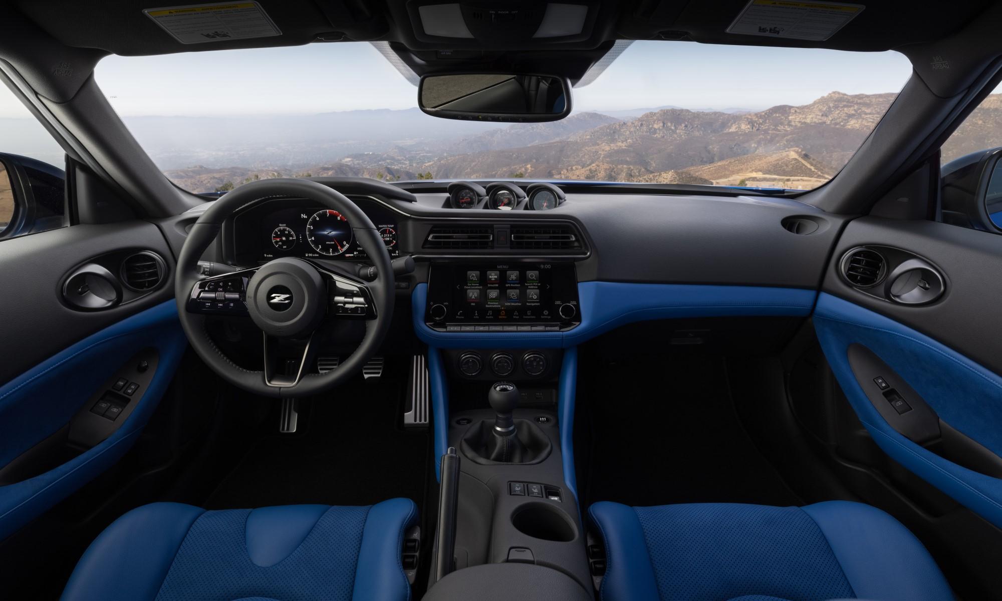 Nissan Z Sportscar cabin