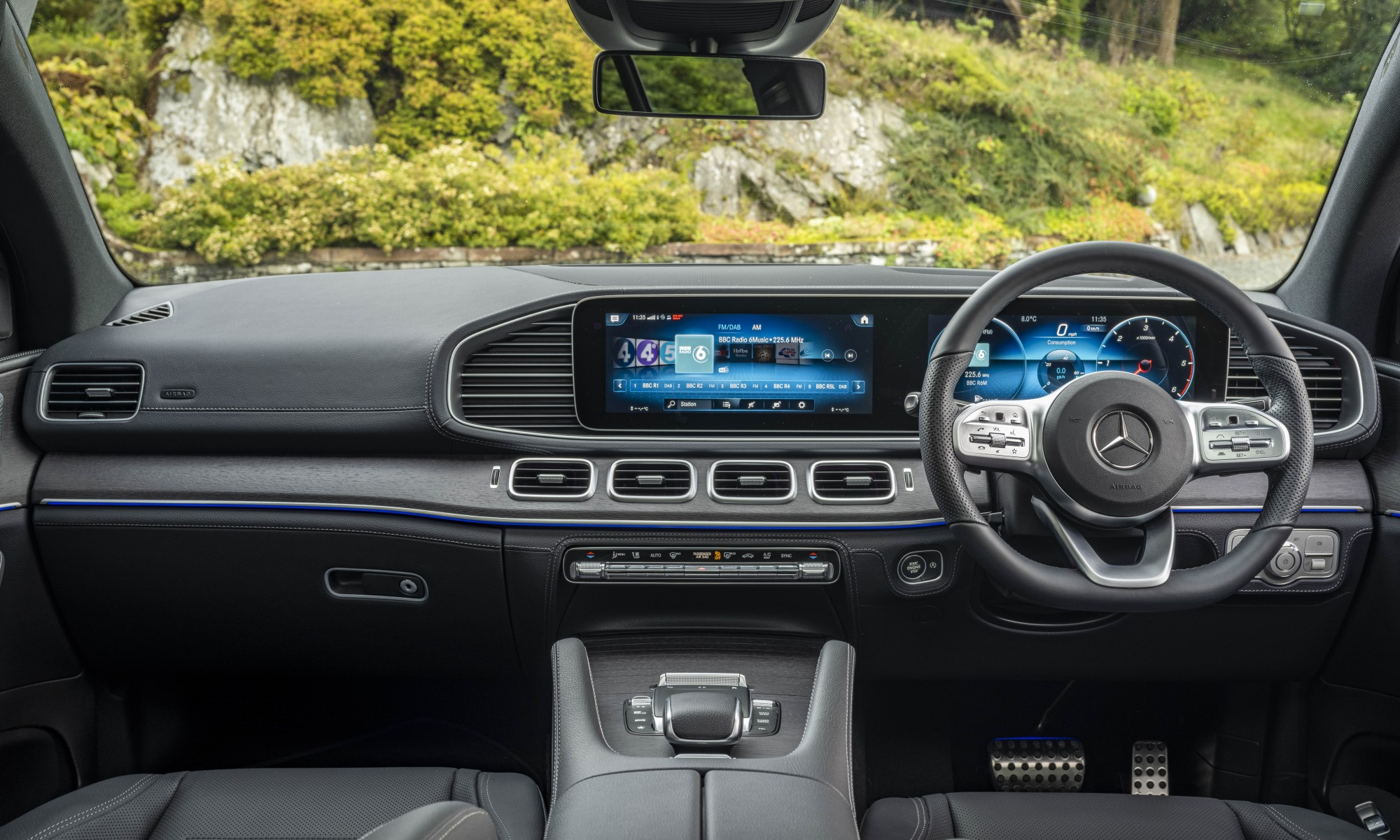 Mercedes-Benz GLE400d Coupé interior