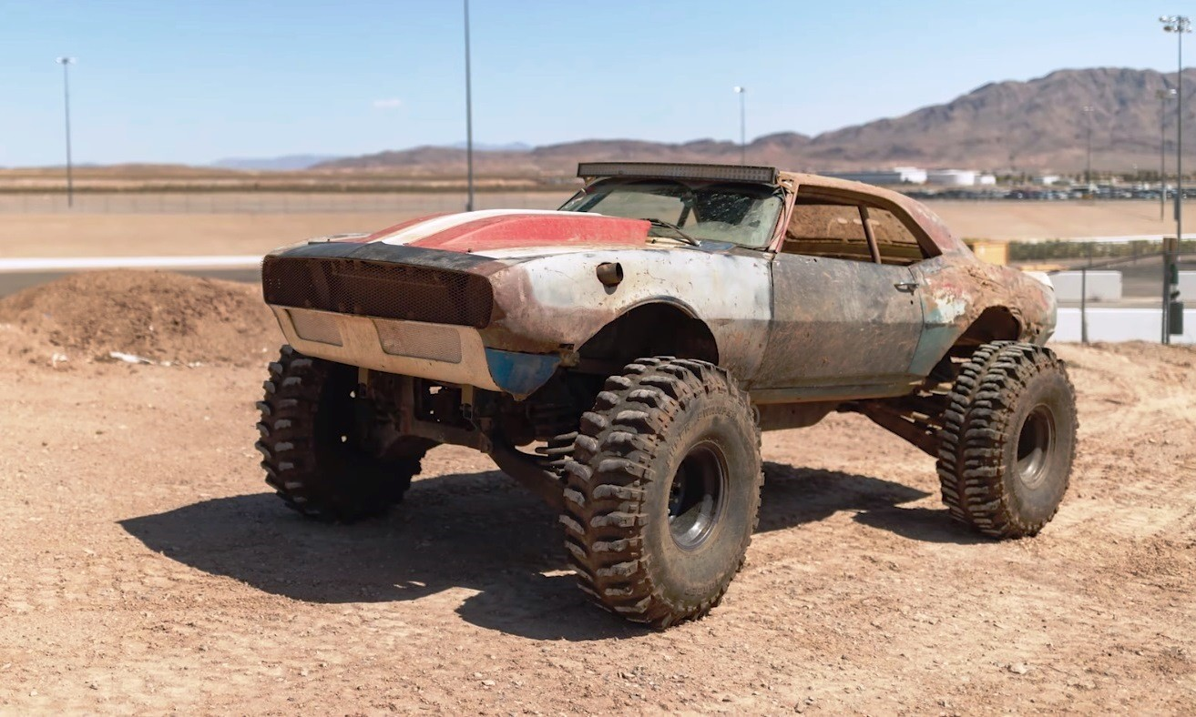4x4 Chev Camaro side
