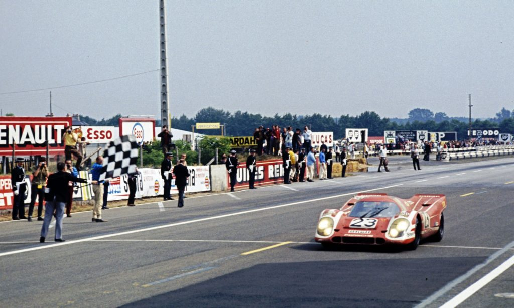 917 takes the flag for Porsche at Le Mans