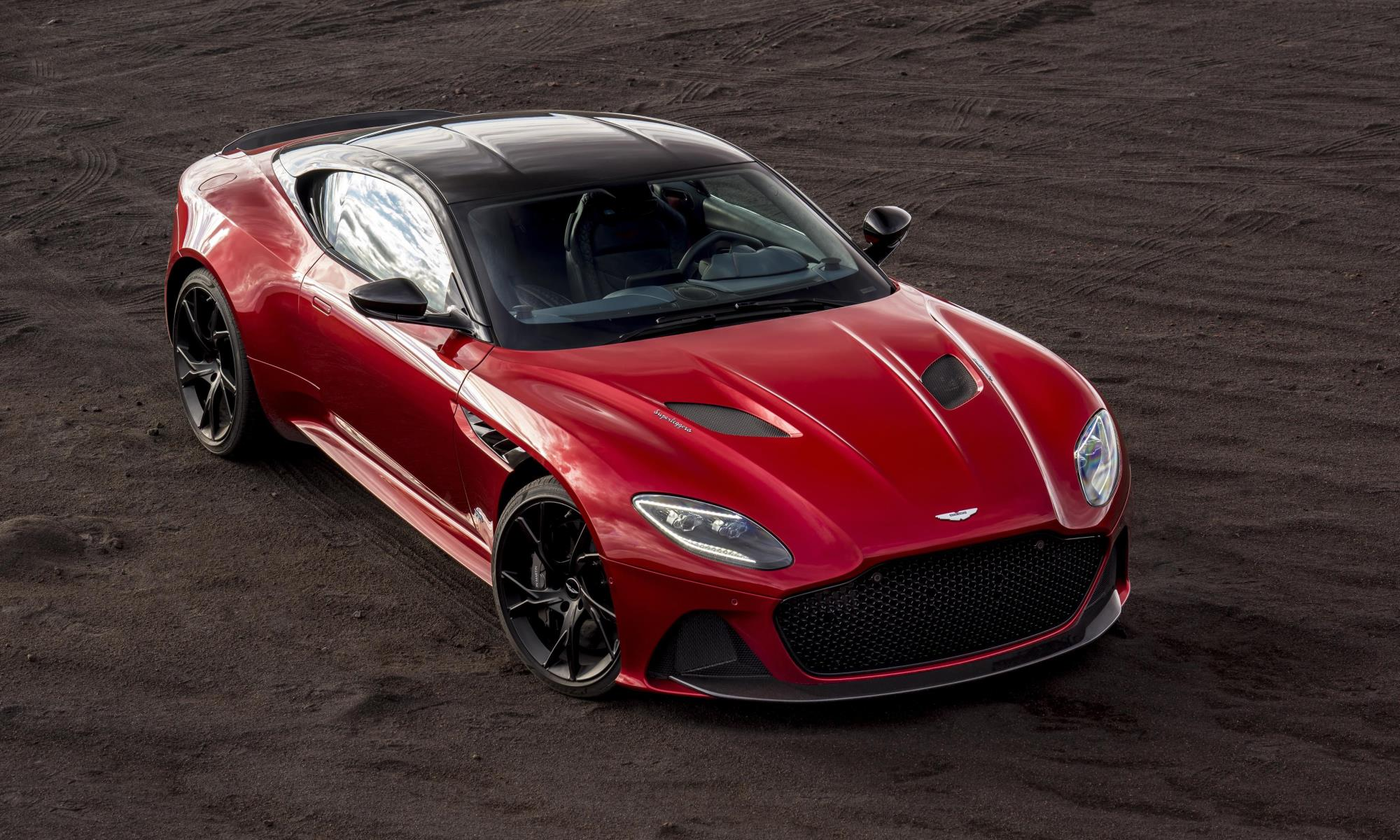 Aston Martin DBS Superleggera top