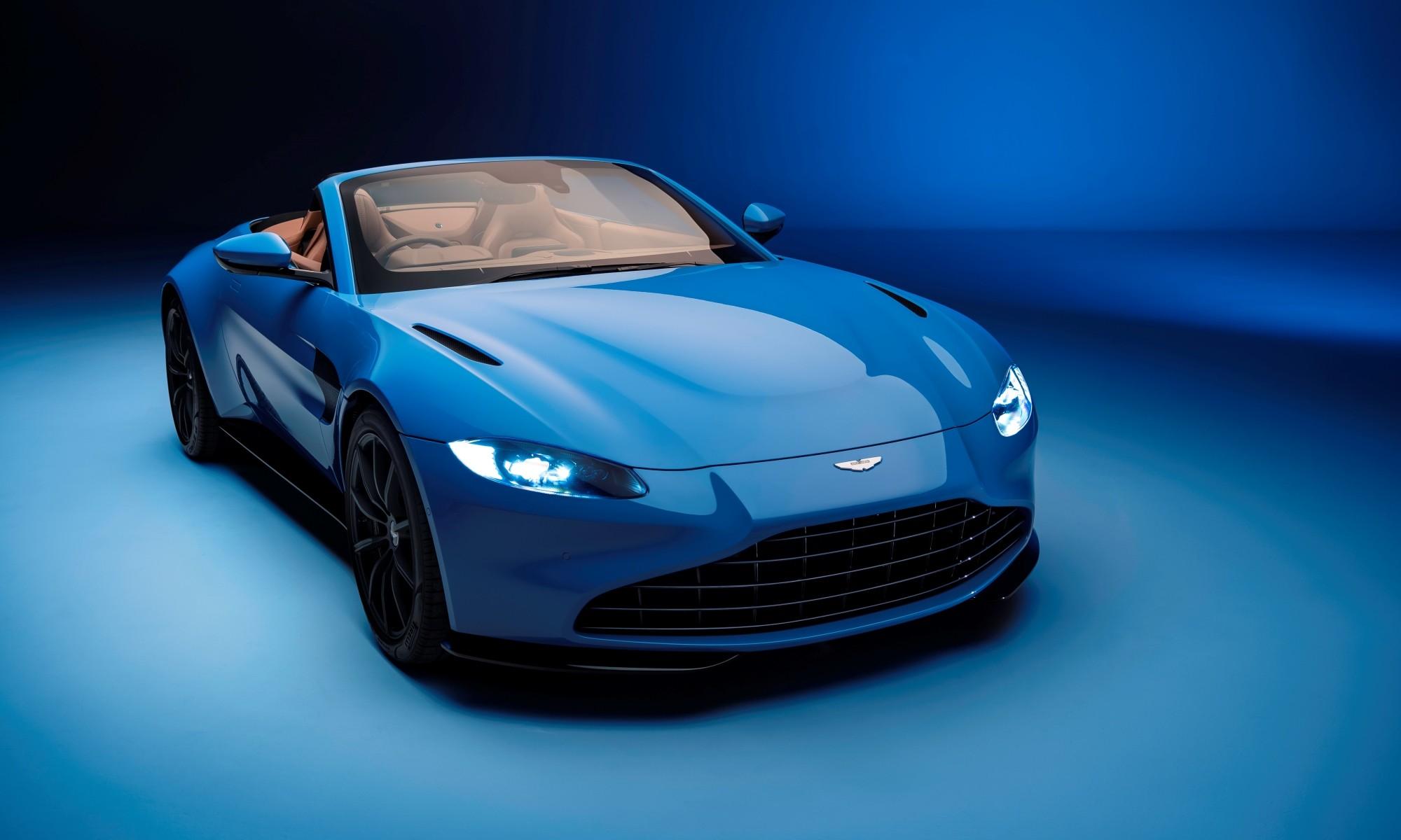 Aston Martin Vantage Roadster front