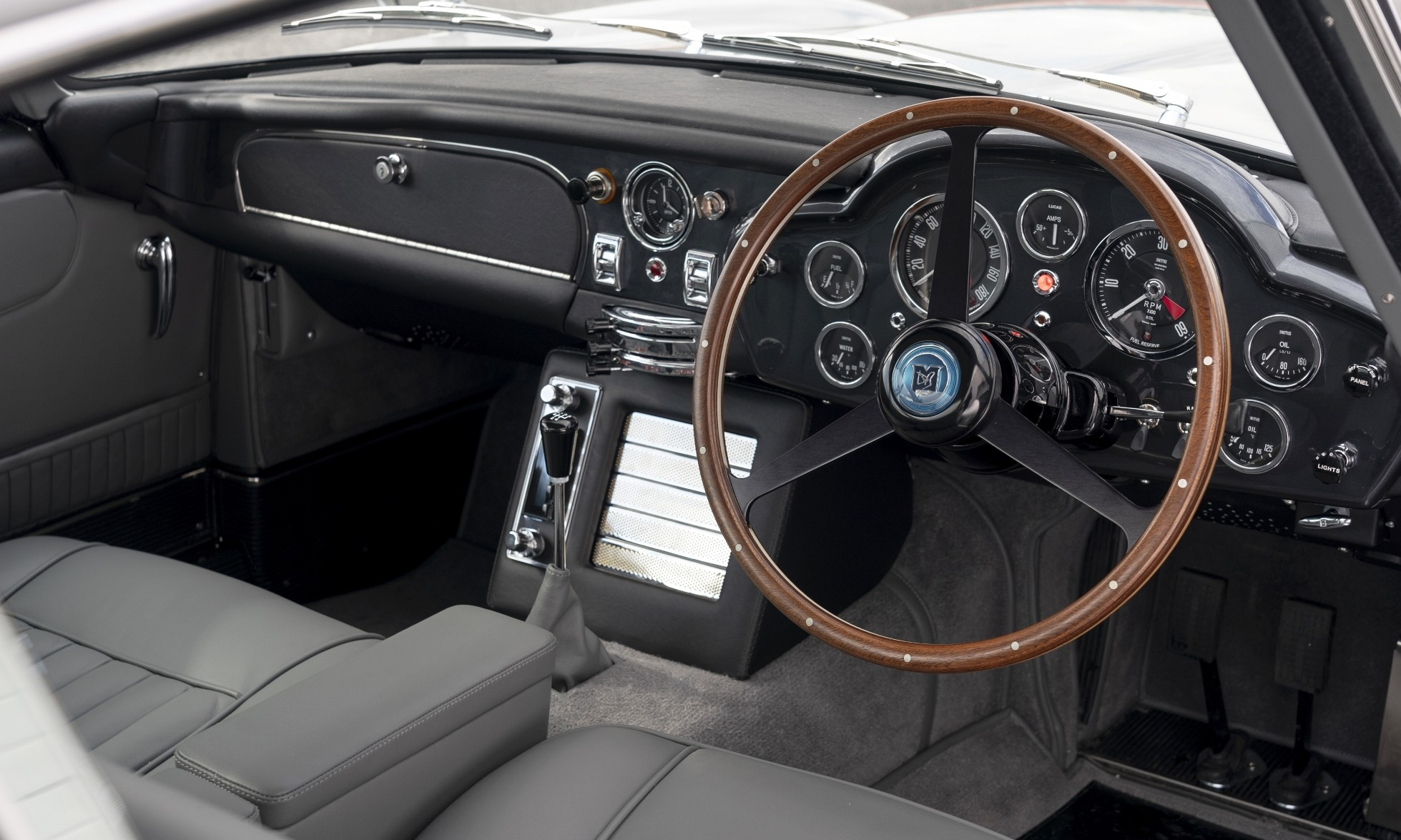 James Bond Aston Martin DB5 interior