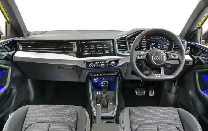 Audi A1 35 TFSI Advanced interior