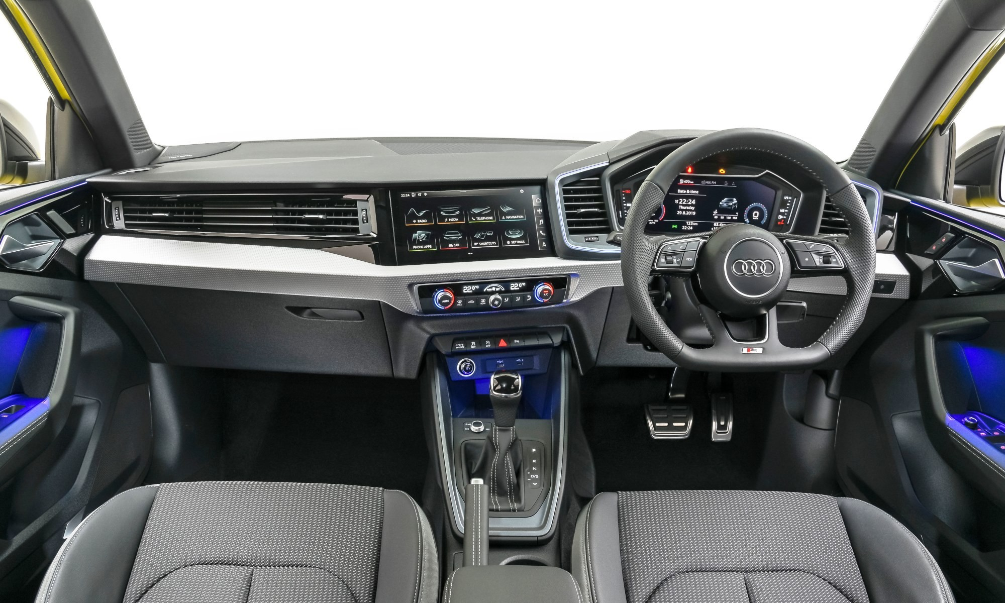 Audi A1 35 TFSI Advanced interior