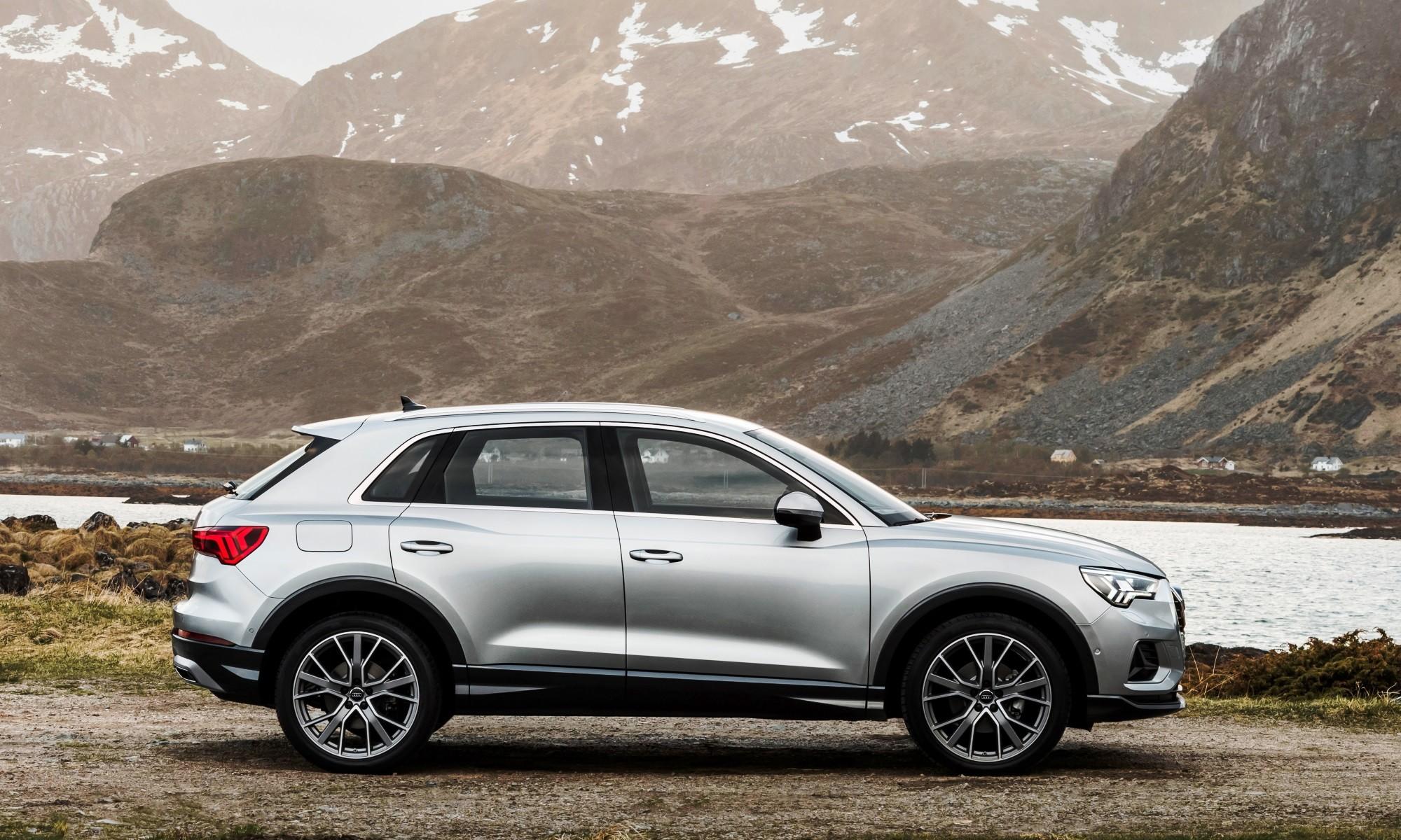 Audi Q3 35 TFSI profile