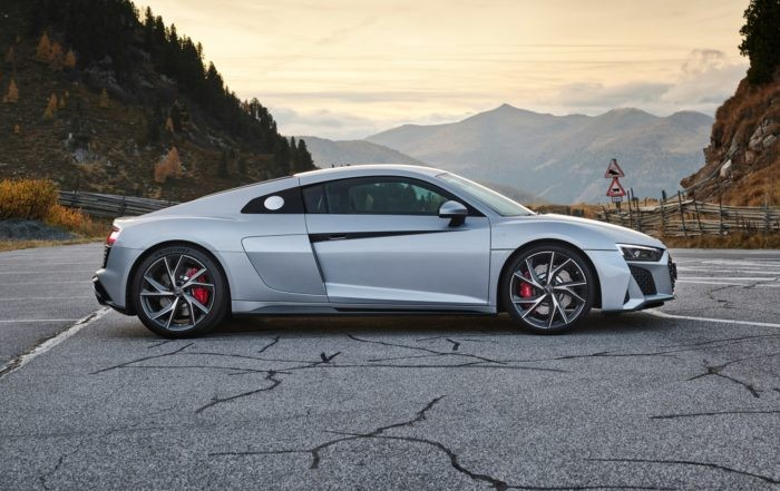 Audi R8 V10 RWD Coupé profile