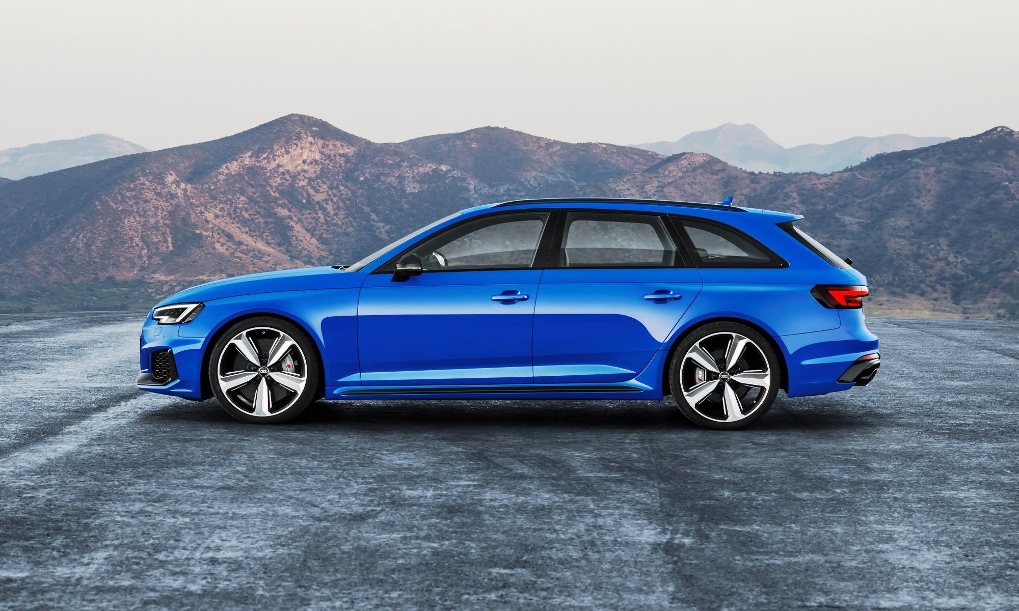 Audi RS4 Avant profile