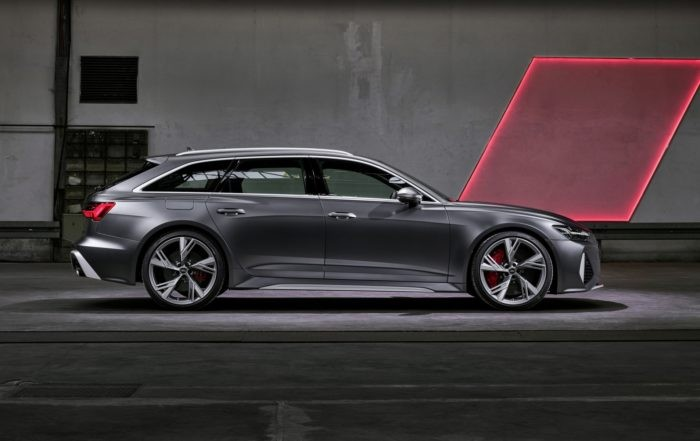 Audi RS6 Avant profile