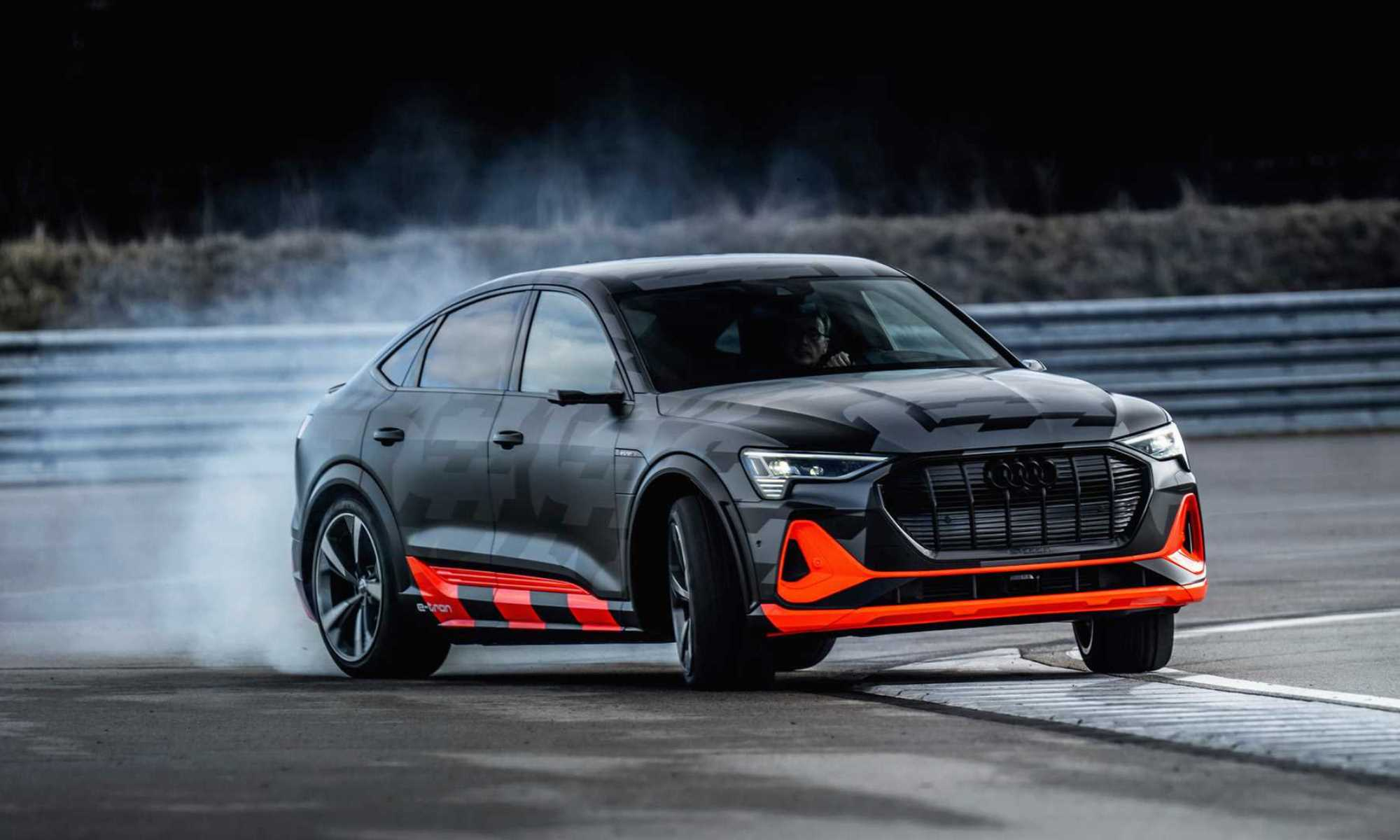 Audi e-tron S Sportback front action