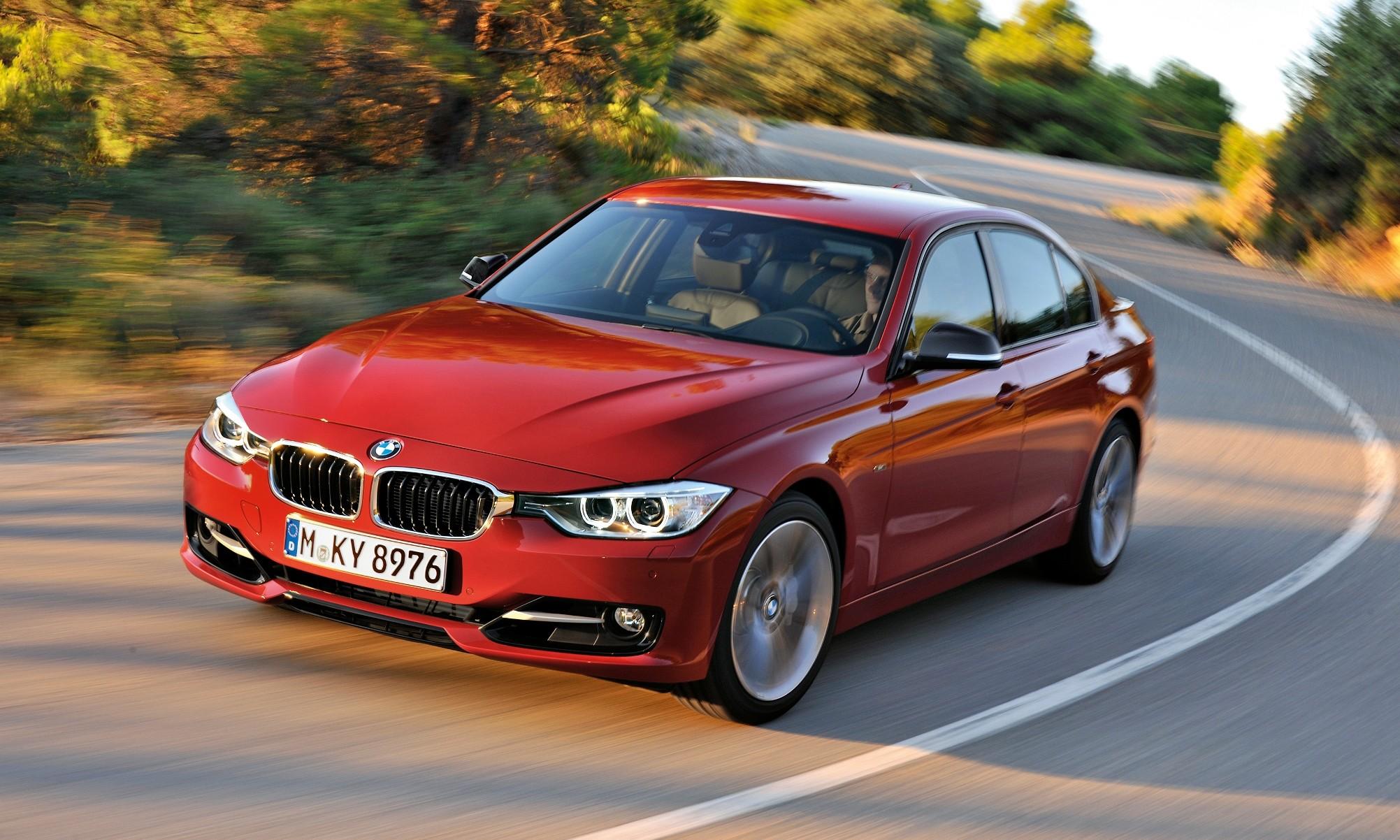 BMW 316i Sport Line Sedan