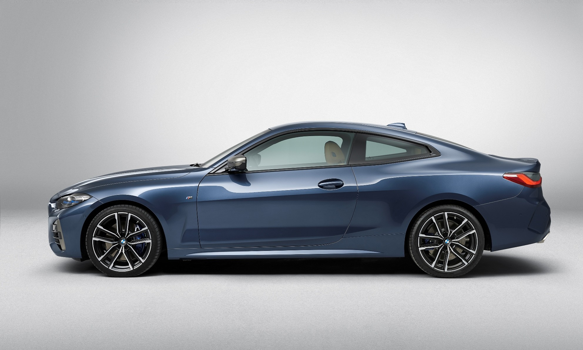 BMW 4 Series Coupe unveiled profile
