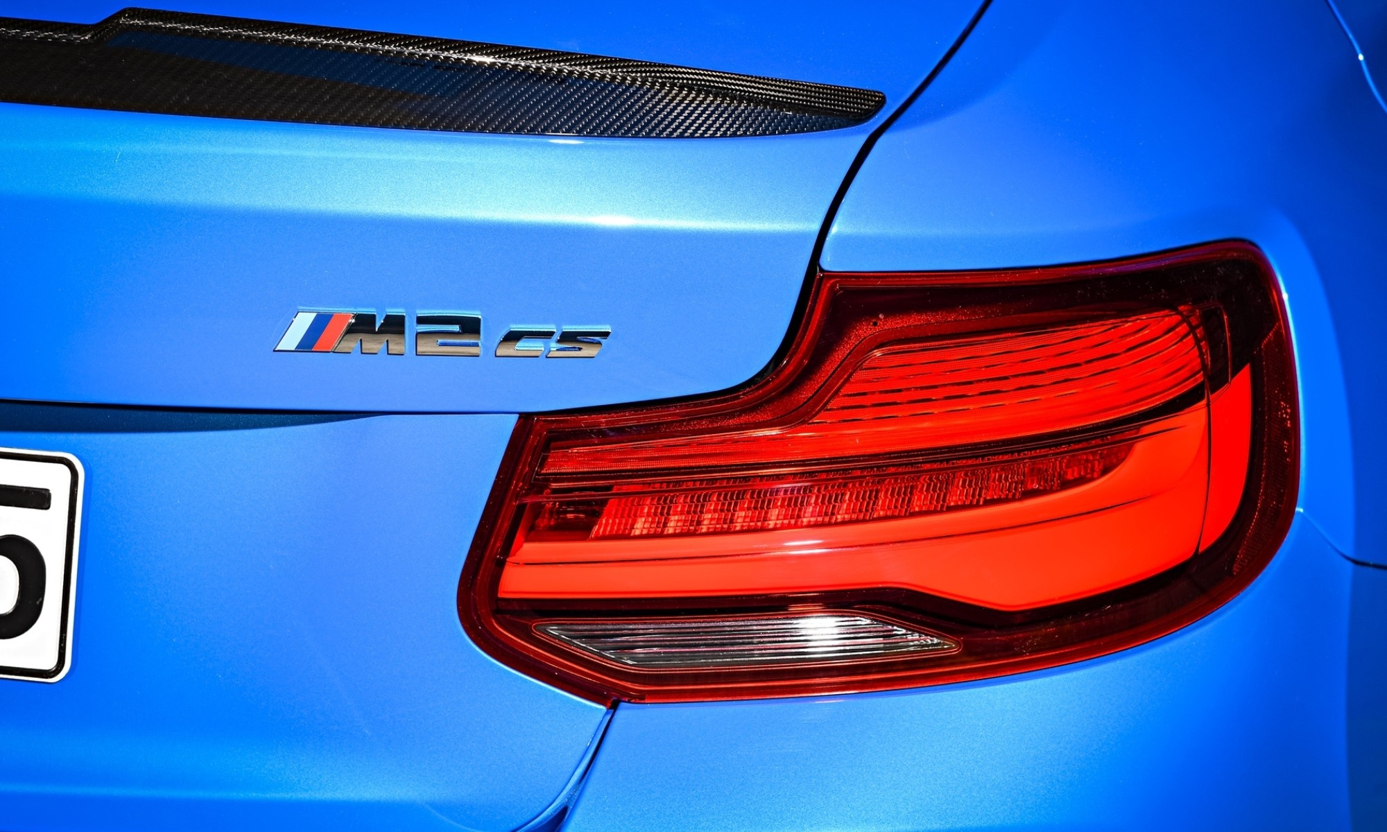BMW M2 CS badge