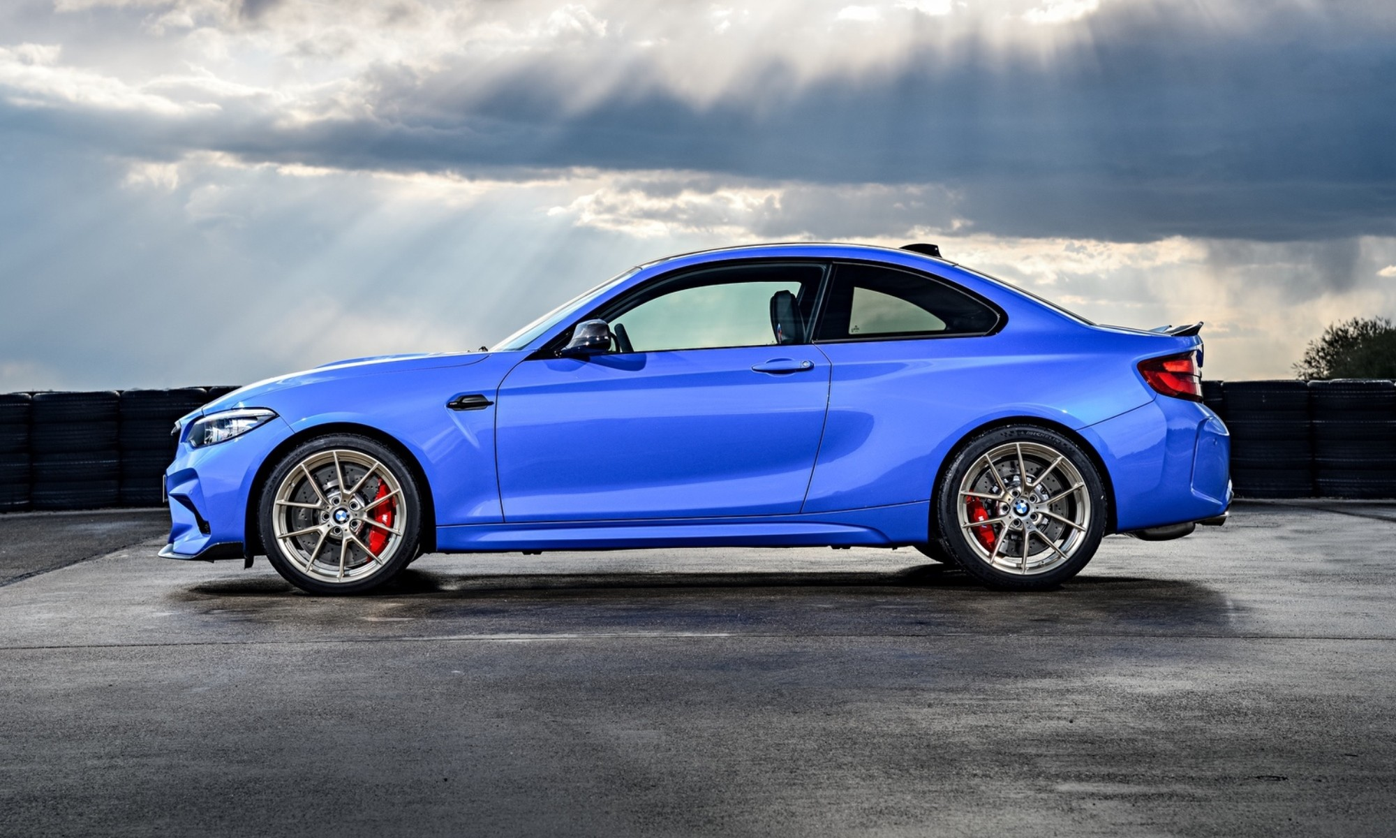 BMW M2 CS profile
