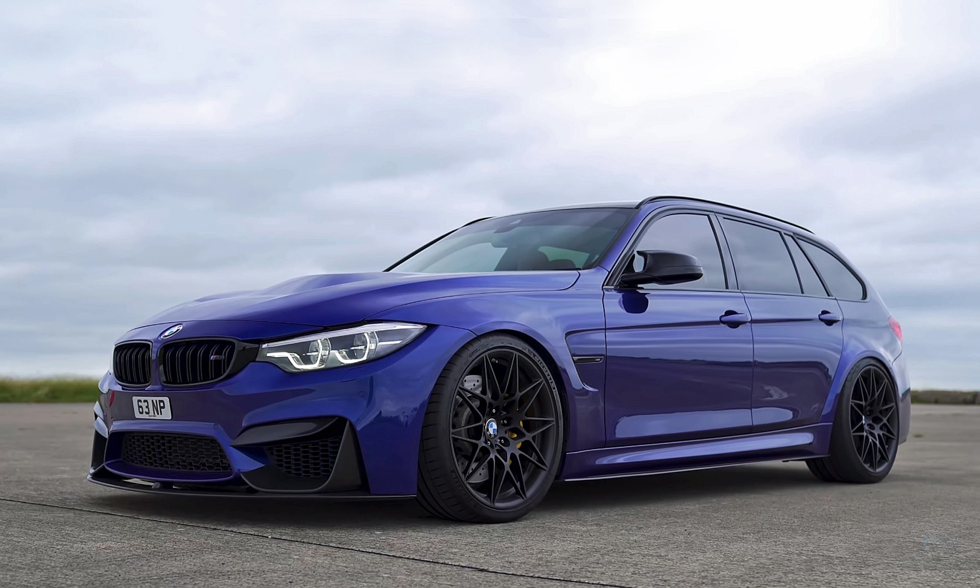 BMW M3 Touring front