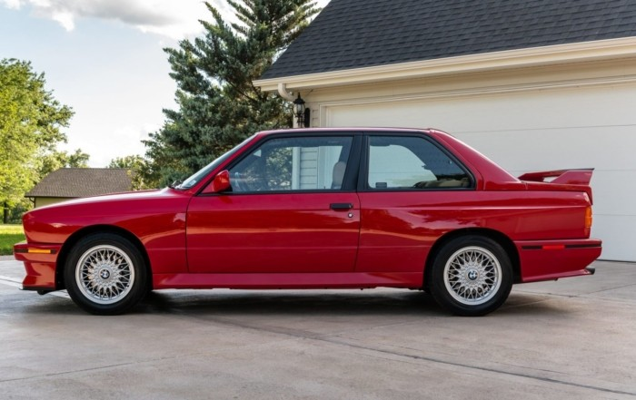 BMW M3 profile